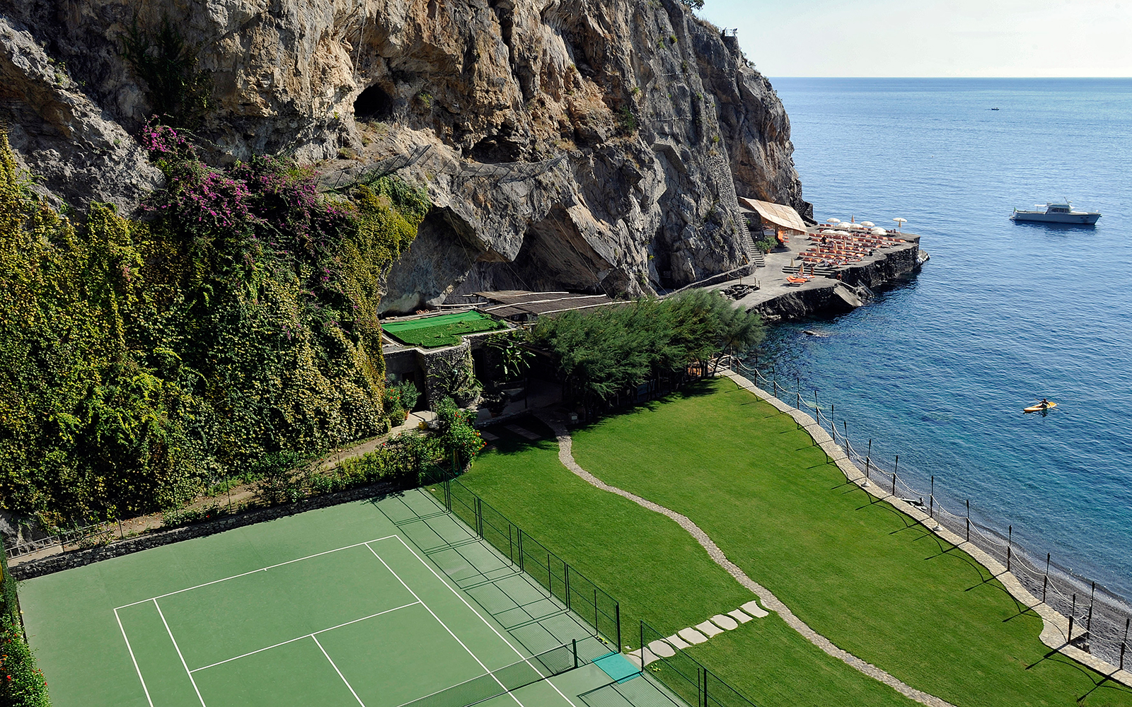 Is This the World's Most Beautiful Hotel Tennis Court?