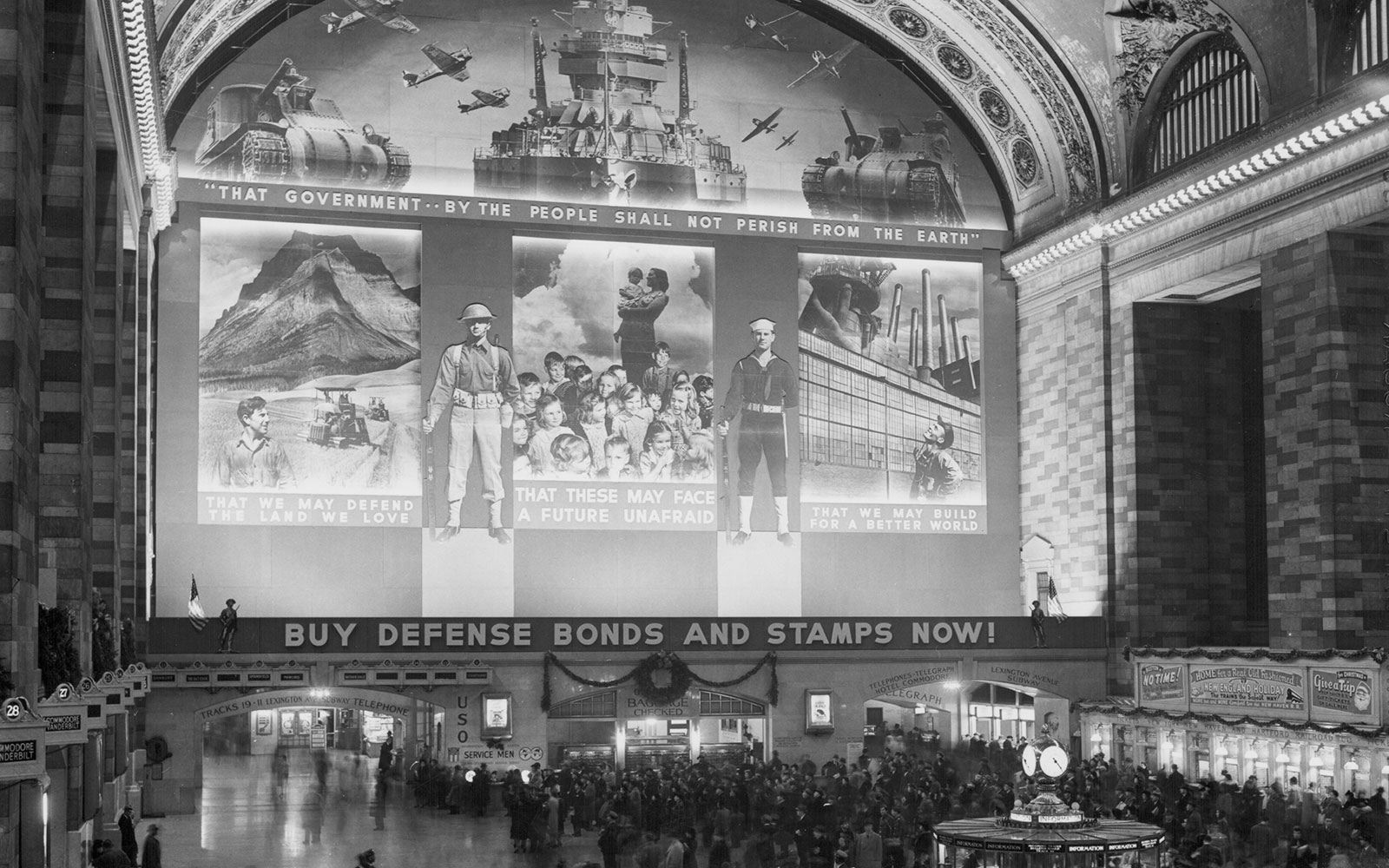 Photos: Grand Central Station in the 1940s