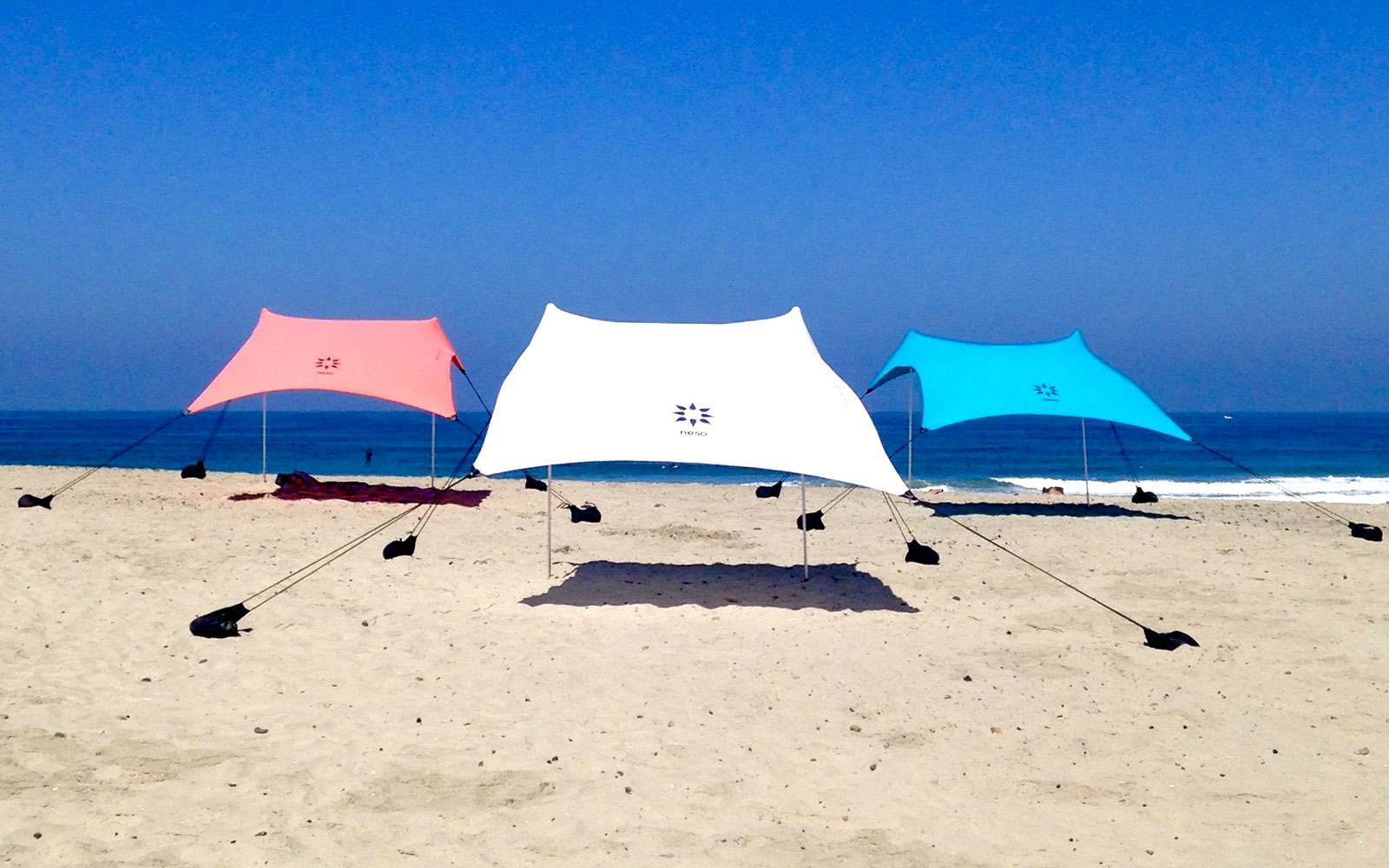 Travel Product Review: Neso Beach Tent