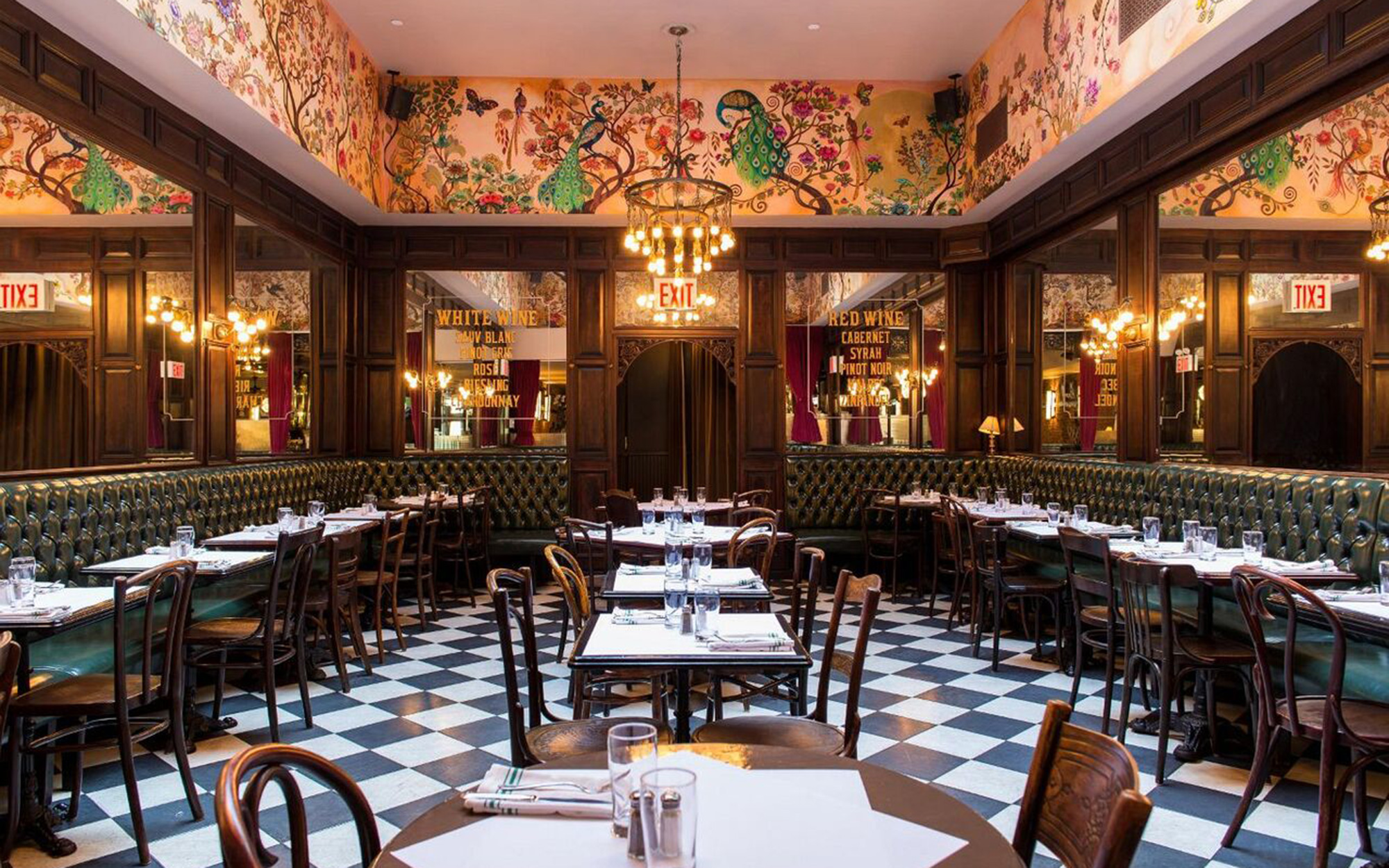 Best Places to Eat in New York City's Shopping Hubs