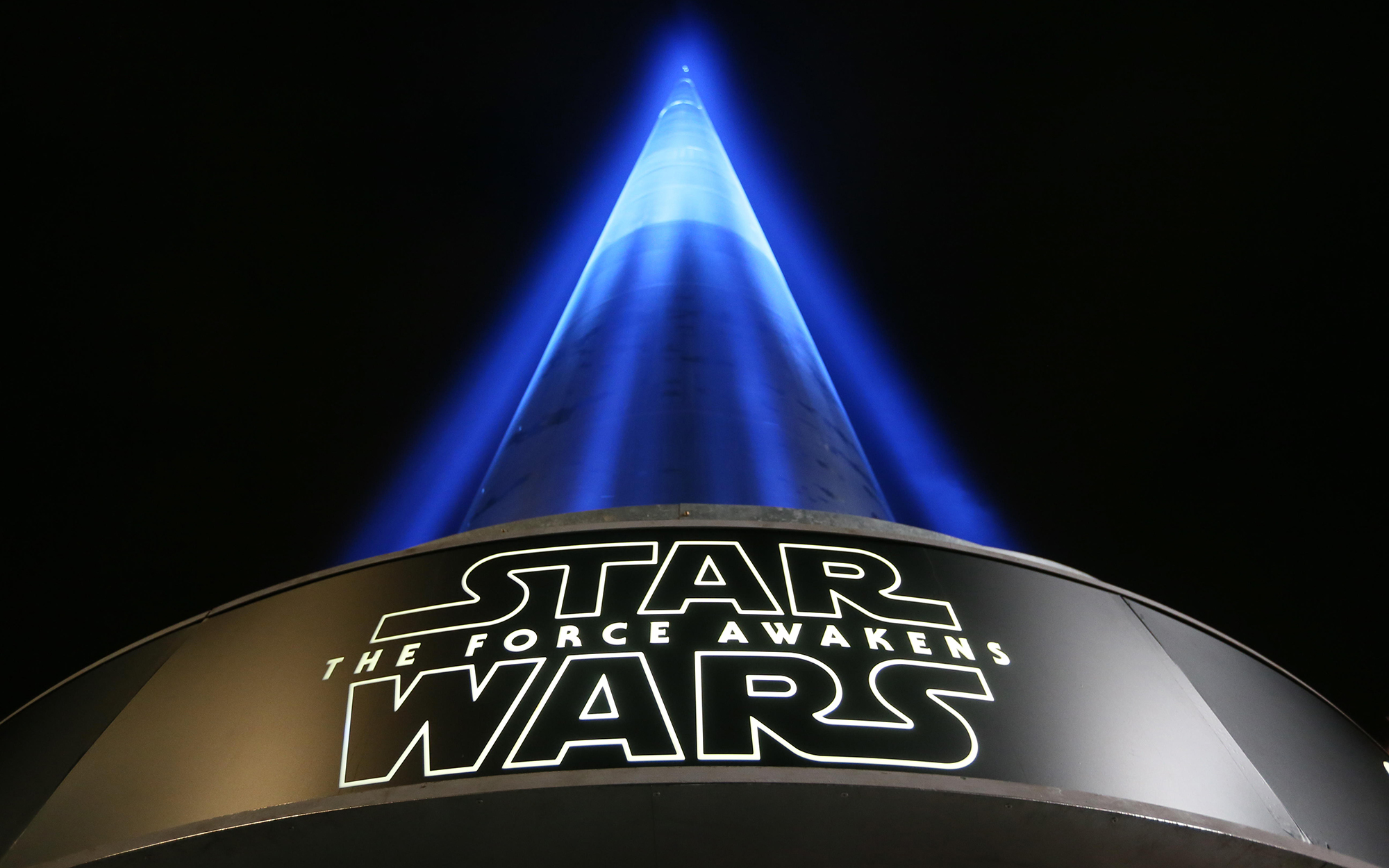 Dublin Spire Lights Up for Star Wars