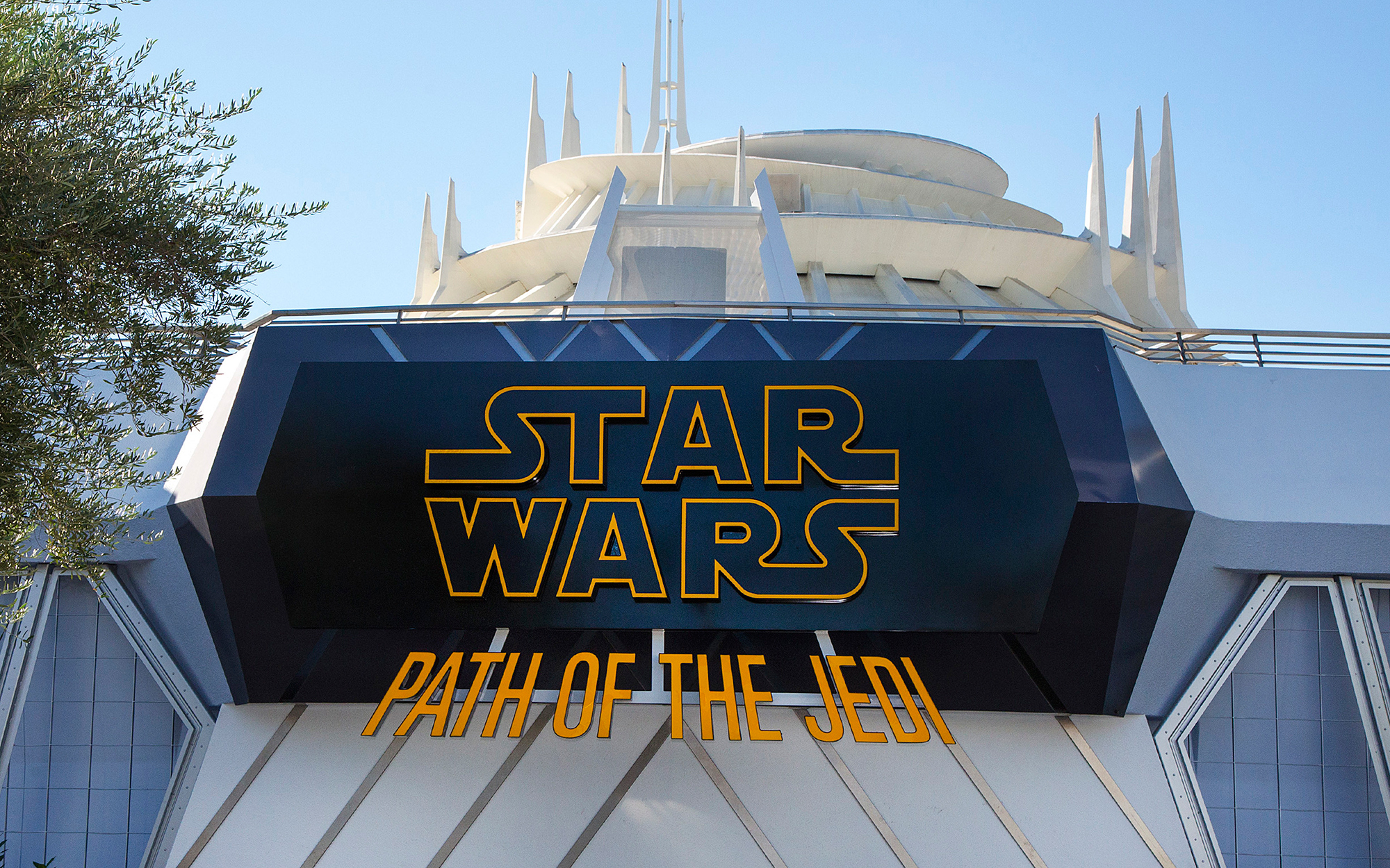Star Wars Attractions Coming to the Disney Parks