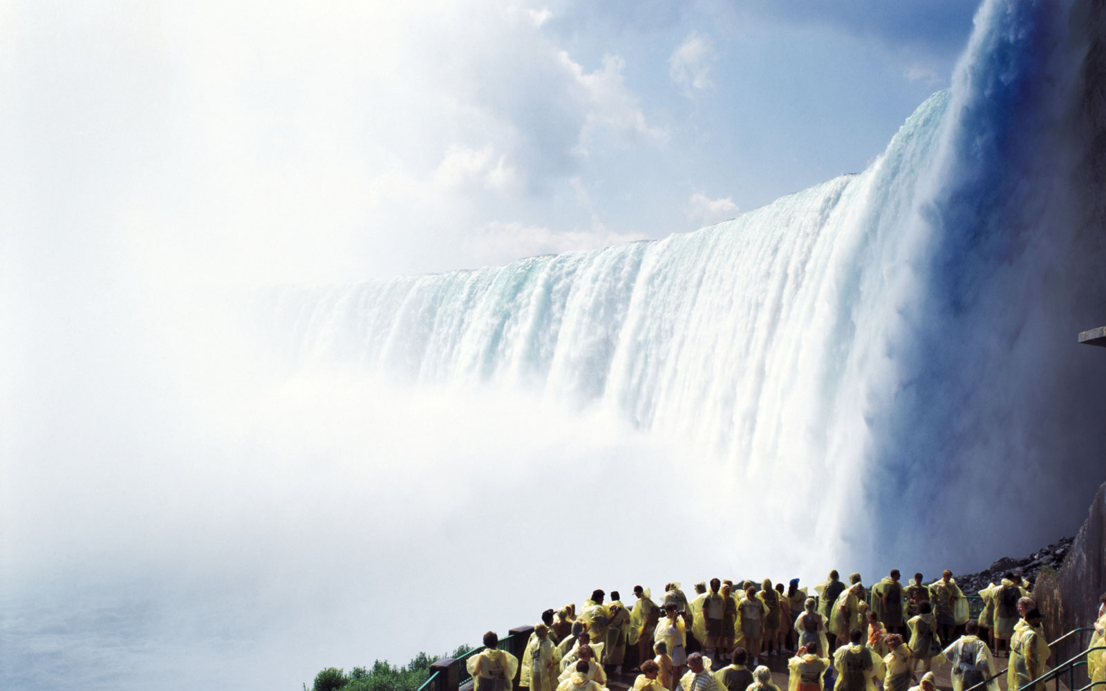 New York State Plans to 'Turn Off' Niagara Falls