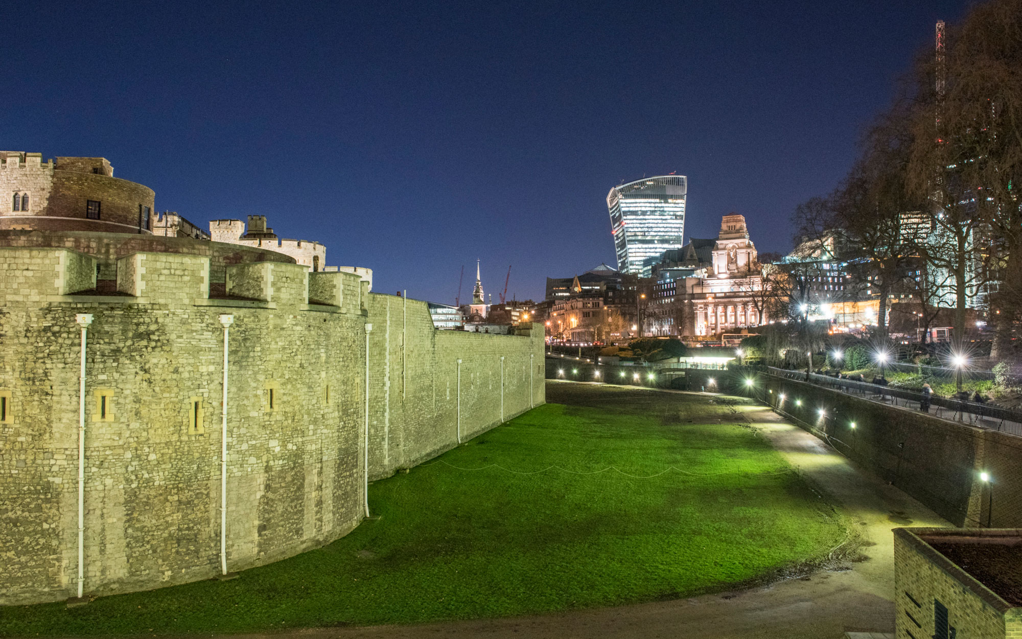 The Tower of London Moat to Become a Movie Theater This Summer