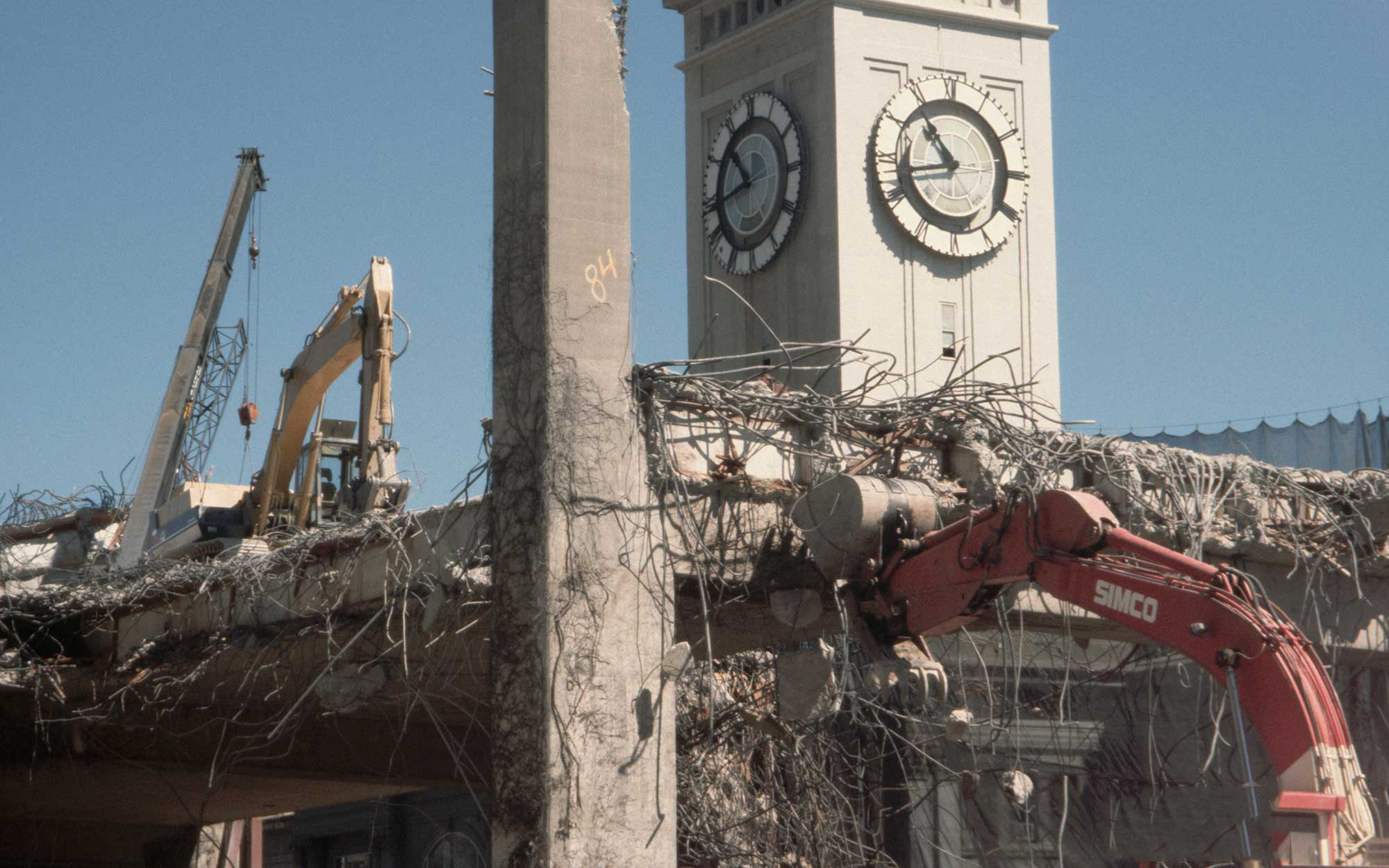 Demolishing the Embarcadero Freeway