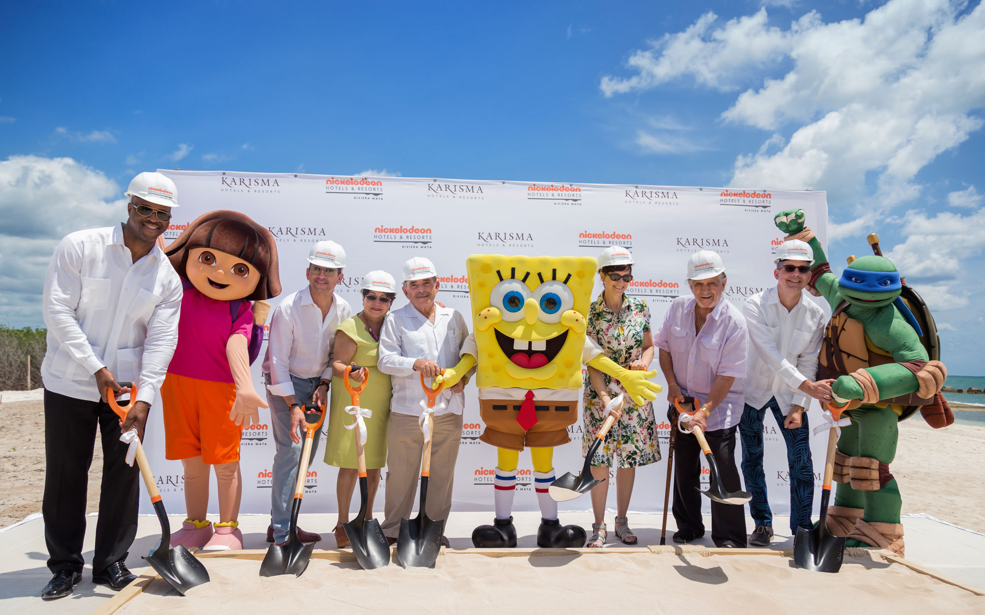 Exclusive: Nickelodeon Opening New Themed Hotel in Mexico