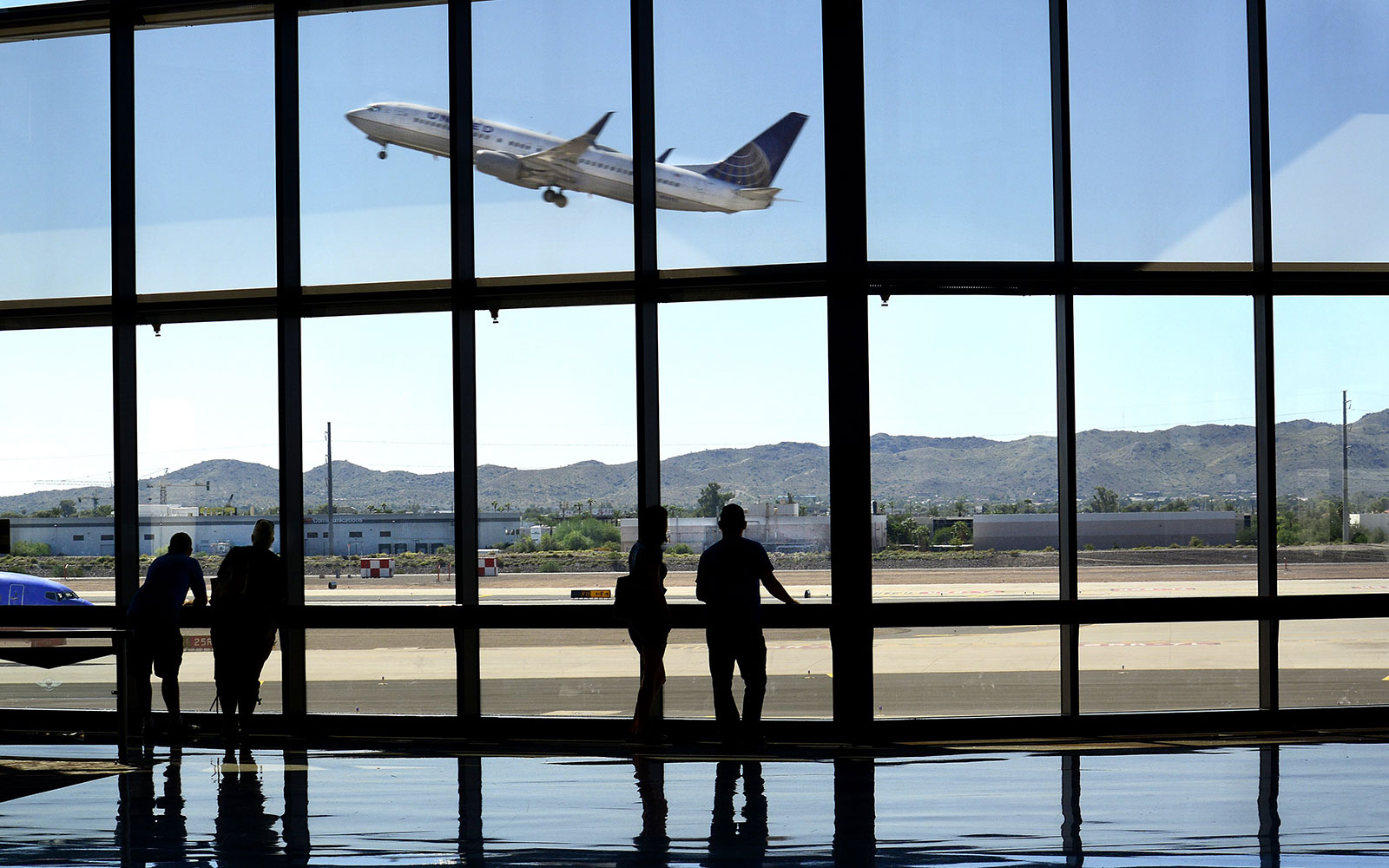 What It's Like Inside Airlines' Secret Frequent Flier Clubs