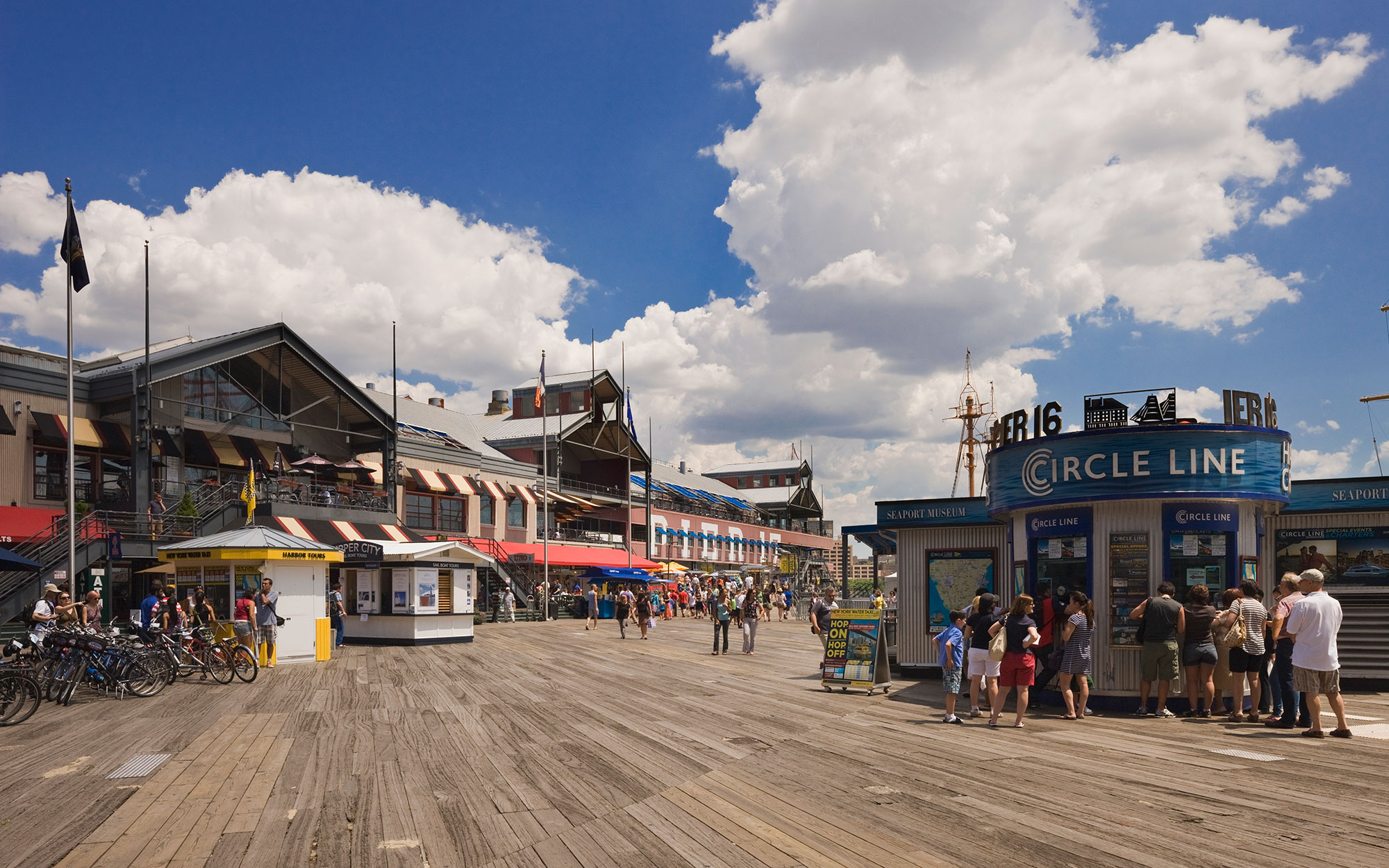 Things to Do in New York's South Street Seaport