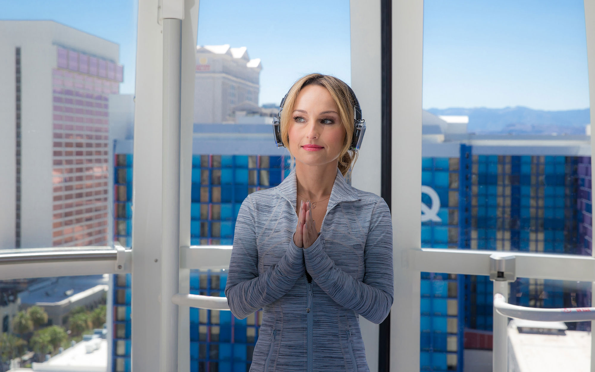 Giada De Laurentis Does Yoga on Las Vegas' High Roller Observation Wheel