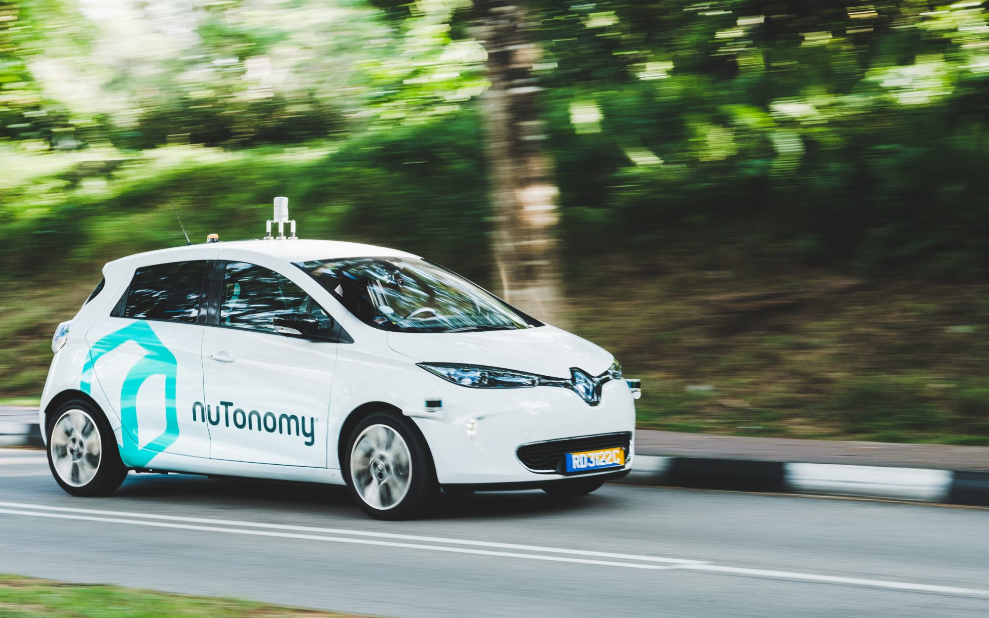 World's First Driverless Taxis Hit the Streets of Singapore