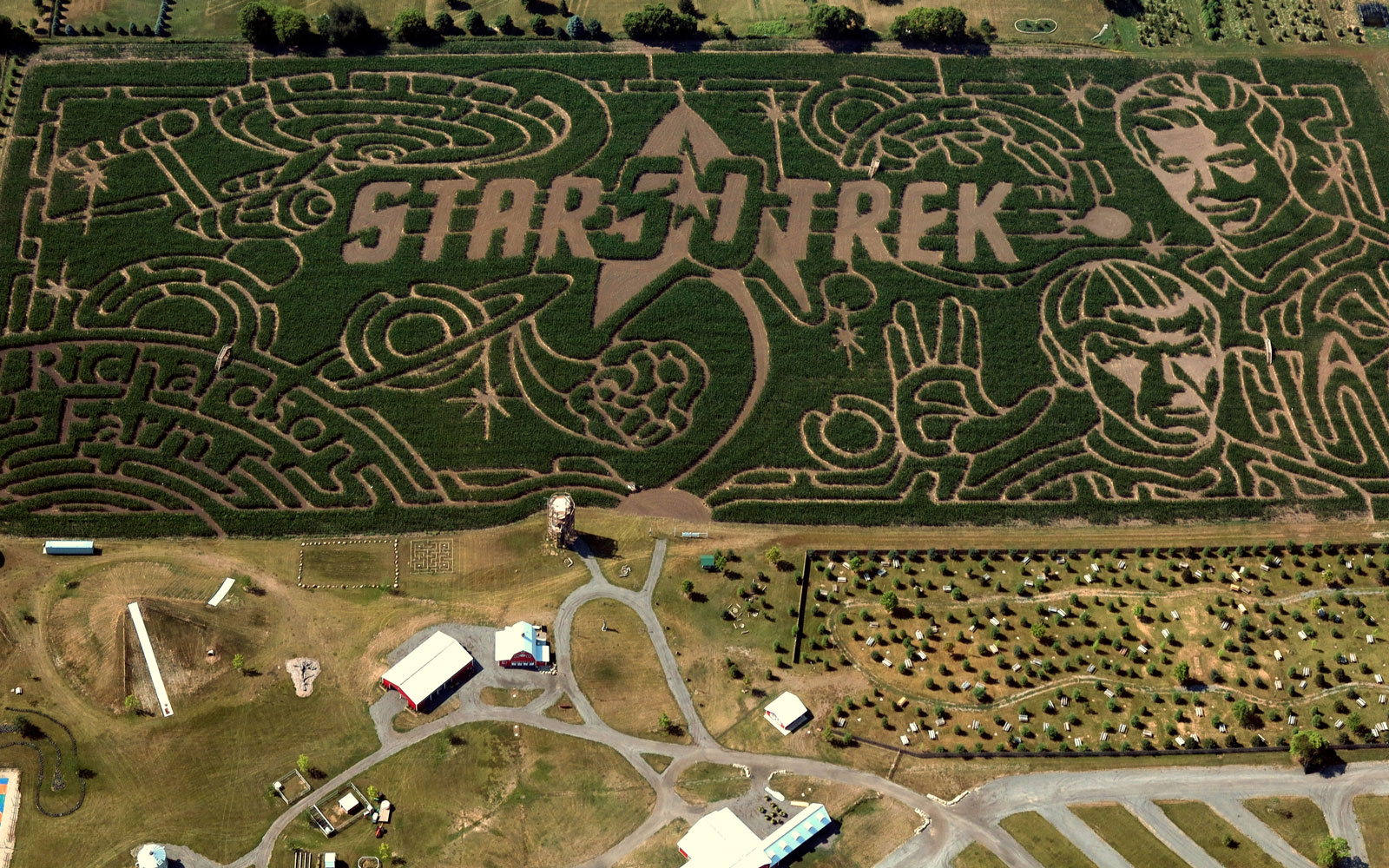 There's a Star Trek corn maze in a suburb of Chicago