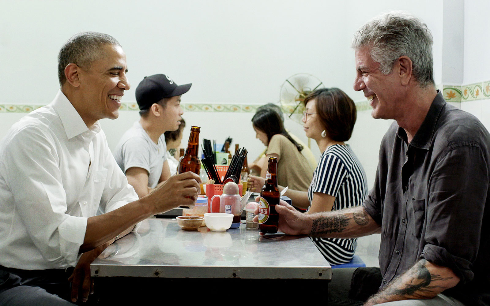 'Parts Unknown' Recap: Bourdain and Obama Chat Over Beer in Hanoi