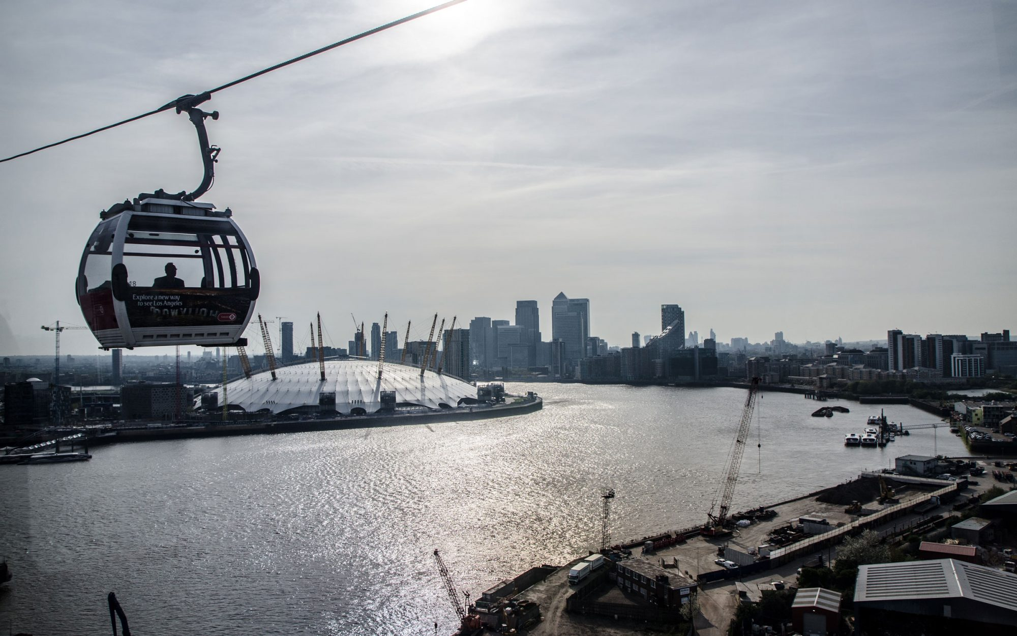 London Looks to Attract Riders to River Thames Cable Cars With Champagne and Live Music