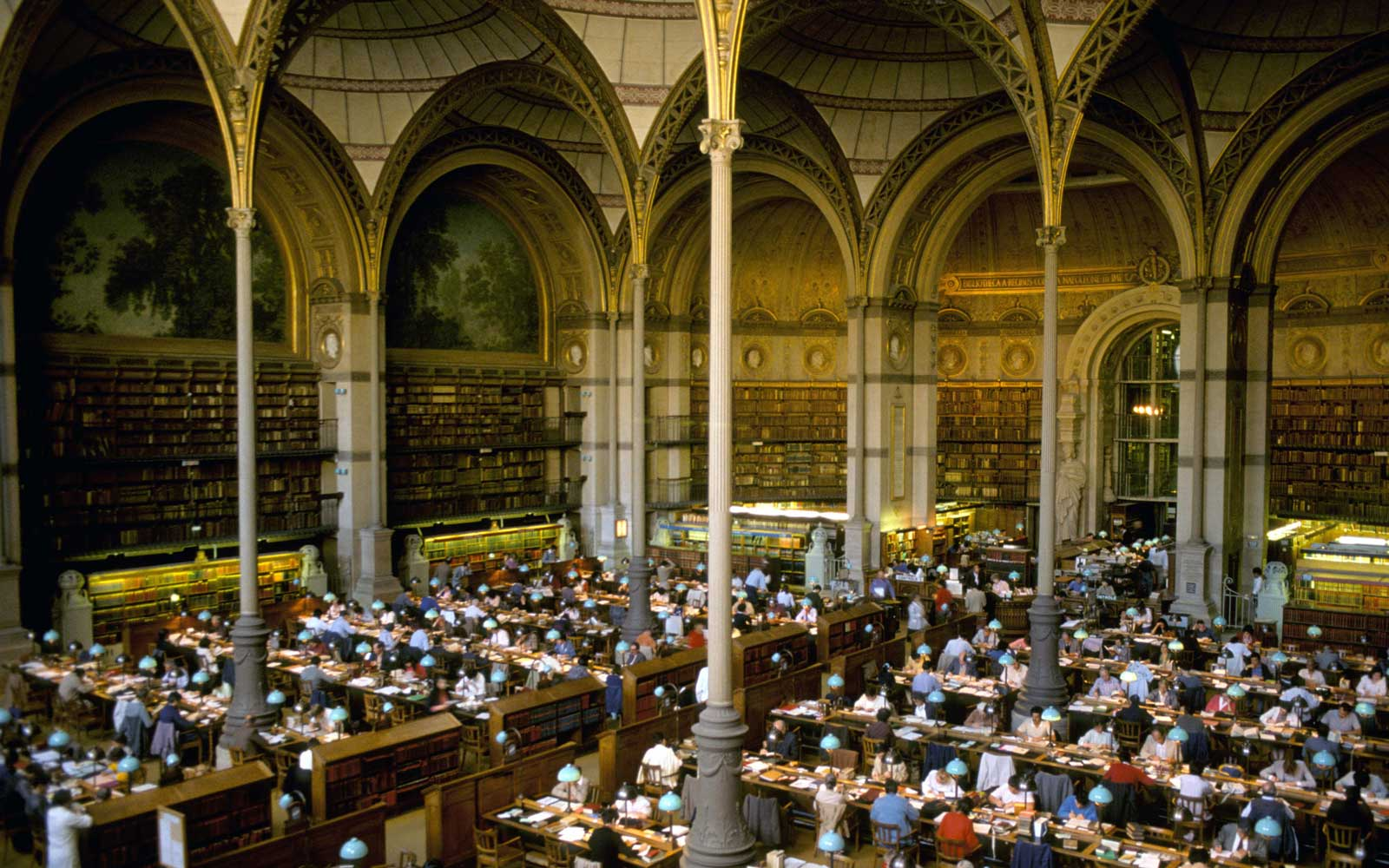 Magical Libraries That Look Like They're From Harry Potter
