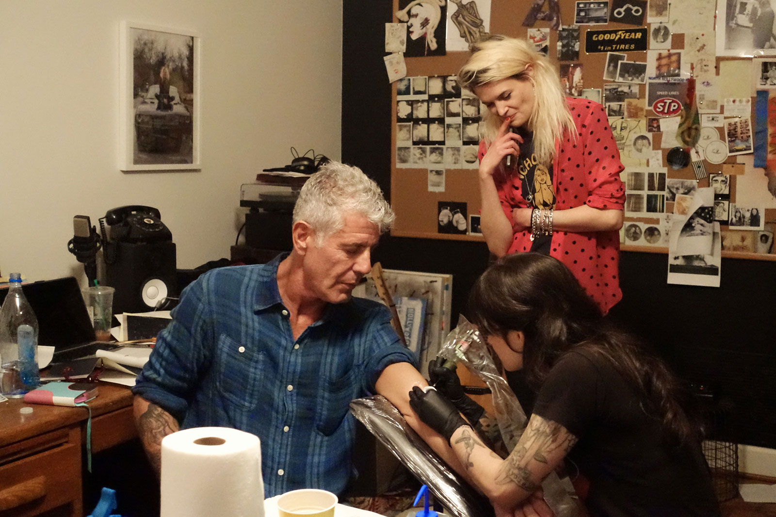 Bourdain Eats Grits and Gets a Tattoo in 'Parts Unknown' in Nashville
