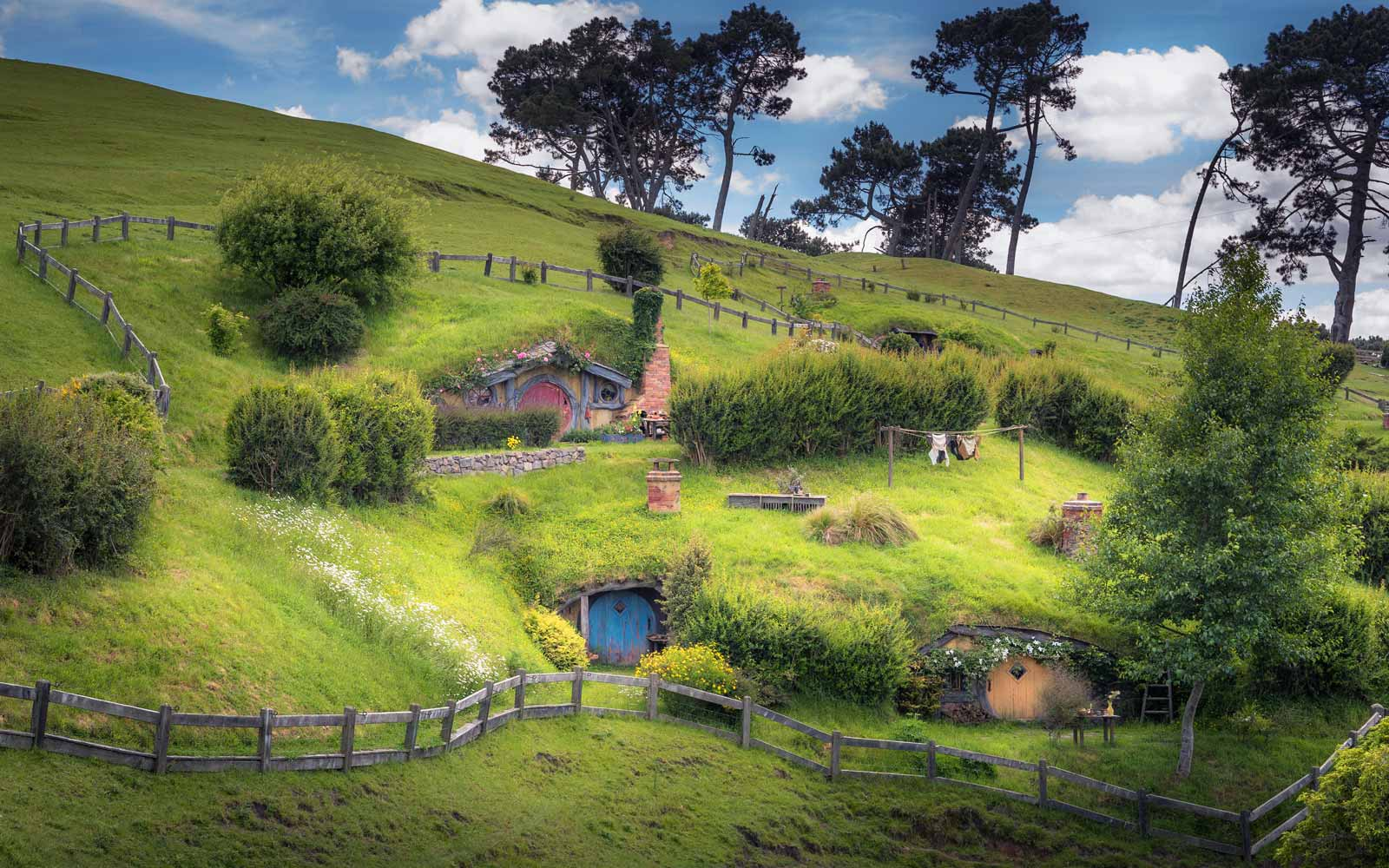 'Lord of the Rings' Comes to Life for New Zealand Tourists