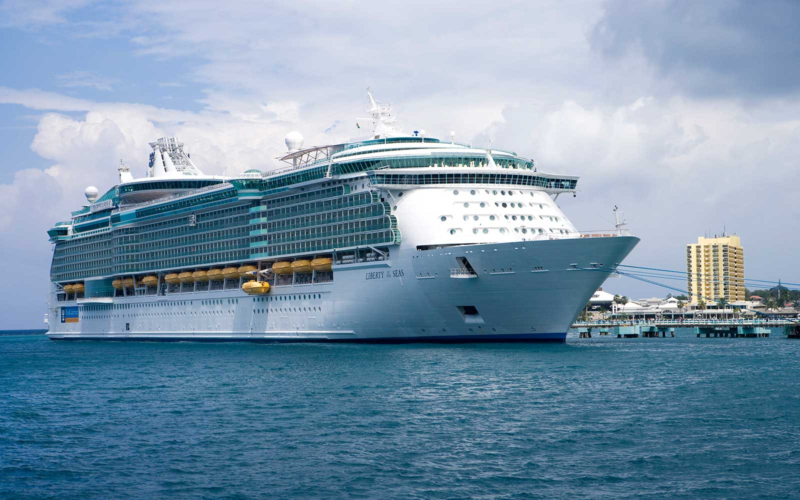 Royal Caribbean's New Ships Will Run on Liquefied Natural Gas