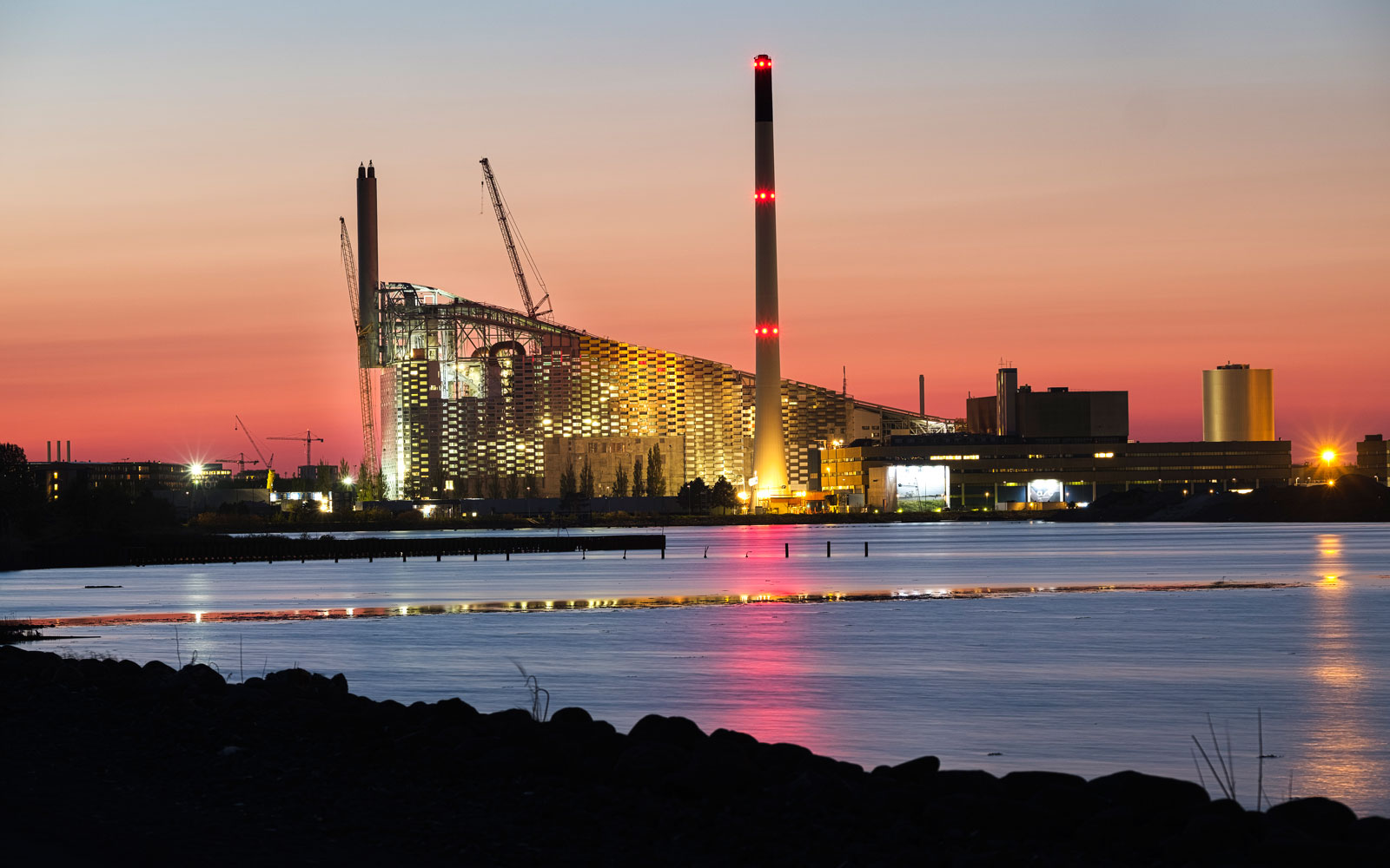 Copenhagen Is Turning This Power Plant's Roof Into a Ski Slope