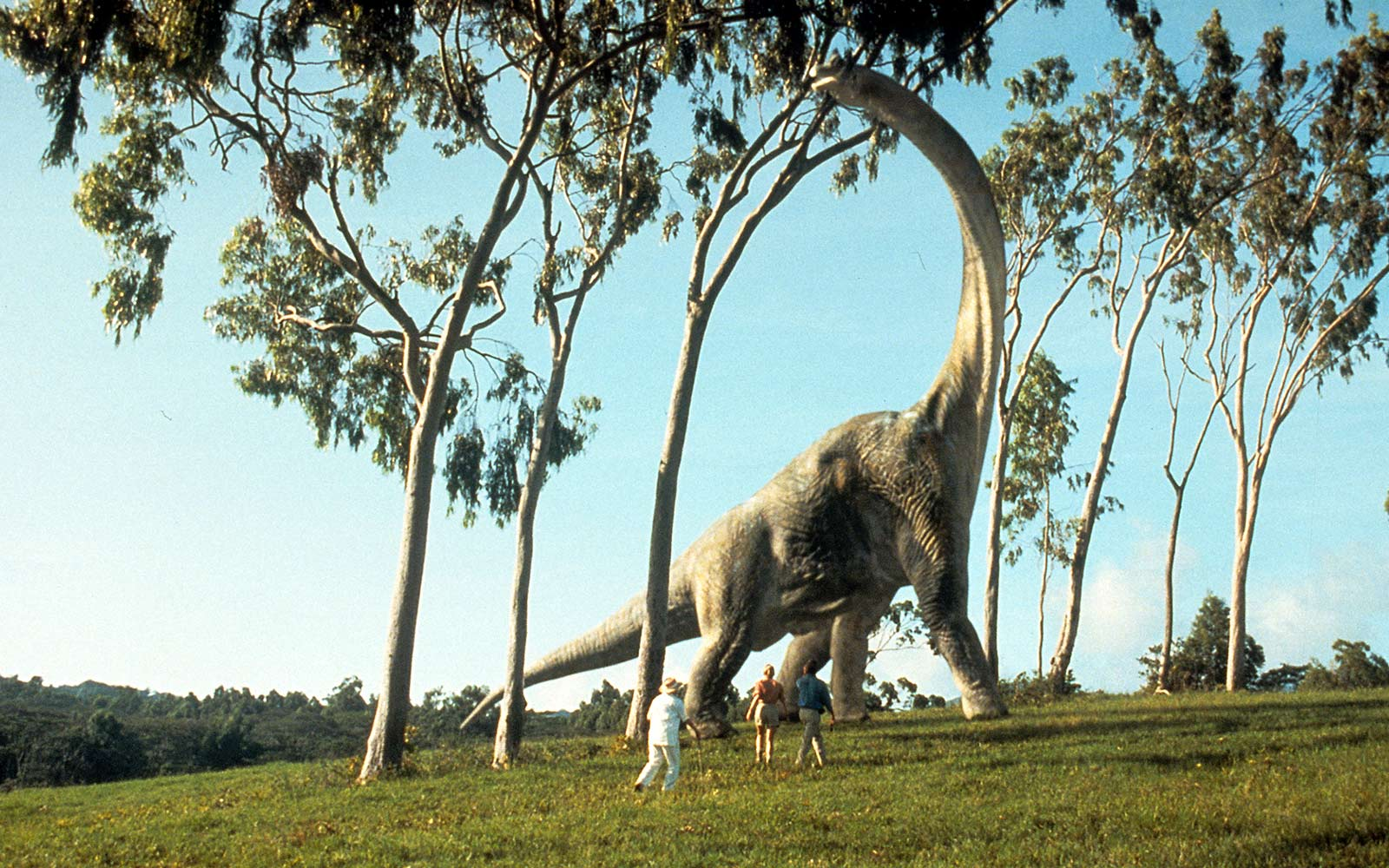 You Could Soon Roam With (Animatronic) Dinosaurs at a Real-life Jurassic Park