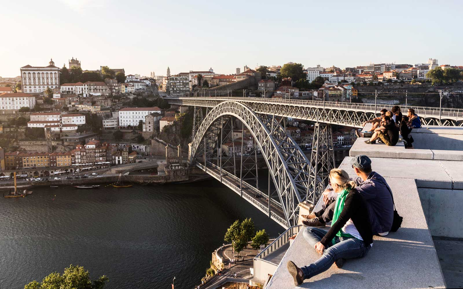 The Five Best Places to See the Stunning Architecture of Porto