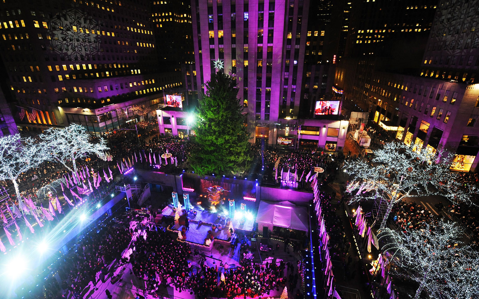How to Watch the 2016 Rockefeller Center Tree Lighting Live Stream