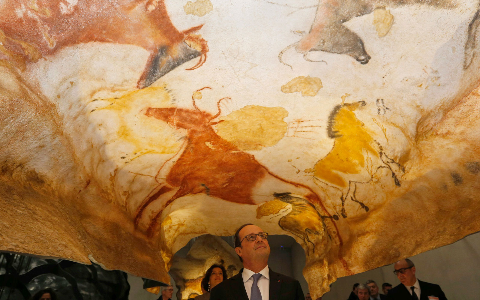 Stone Age 'Sistine Chapel' Comes Alive With New Replica