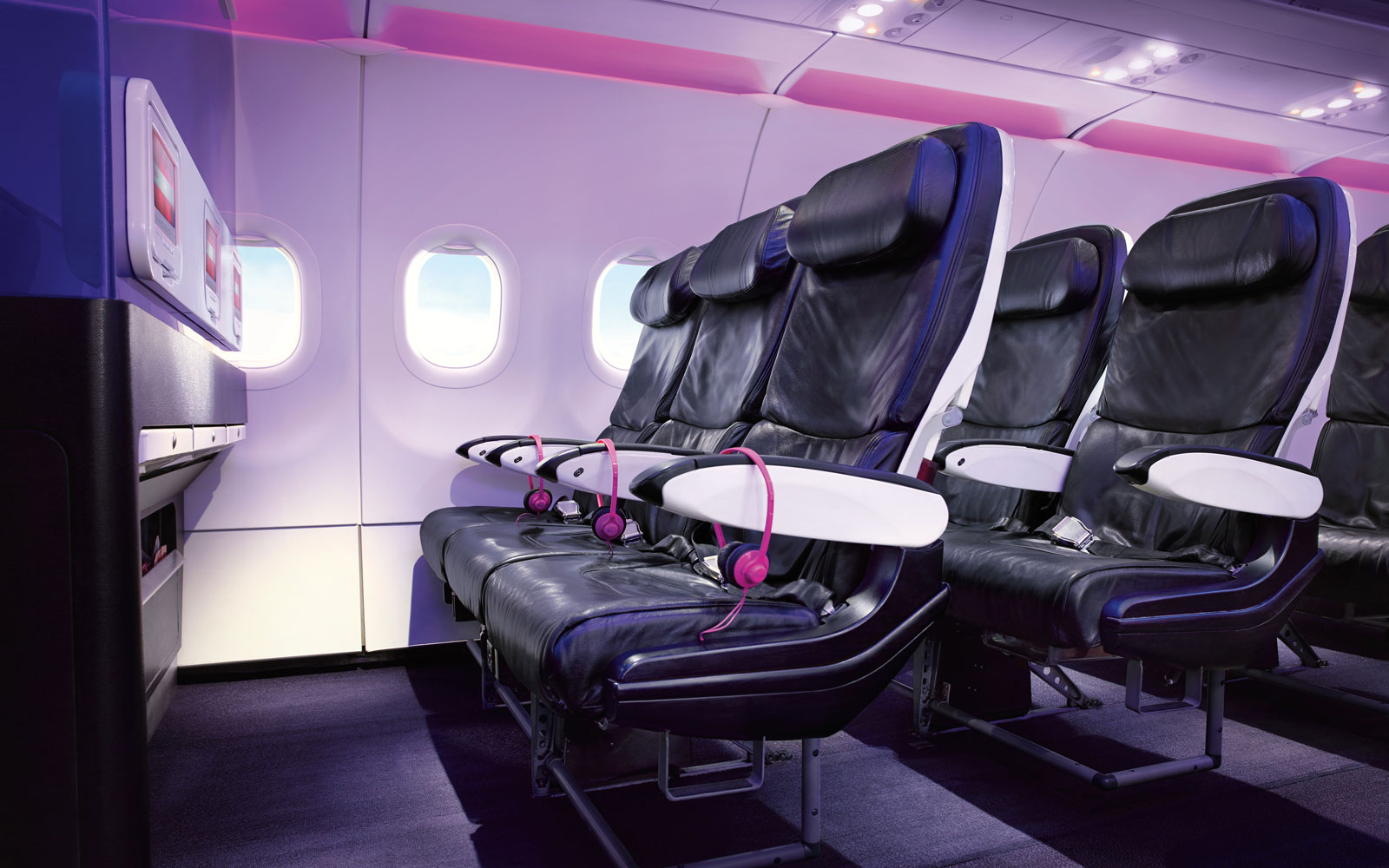 Virgin America Holiday Sale Offers Premium Seats Starting at $99