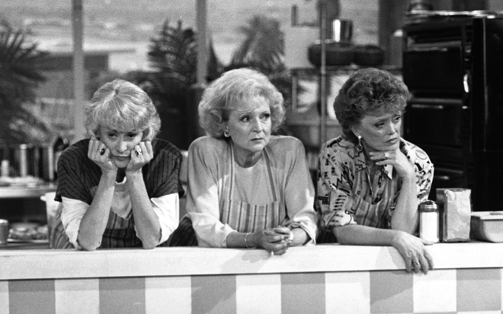 Take a Look Inside NYC's Upcoming 'Golden Girls' Café