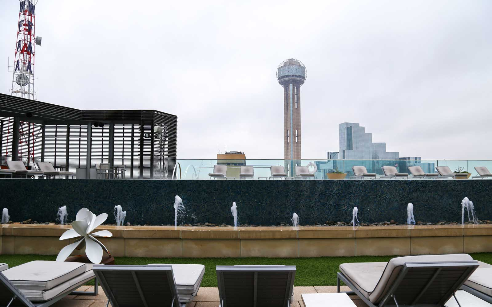 the best rooftop bars in dallas travel leisure. Black Bedroom Furniture Sets. Home Design Ideas