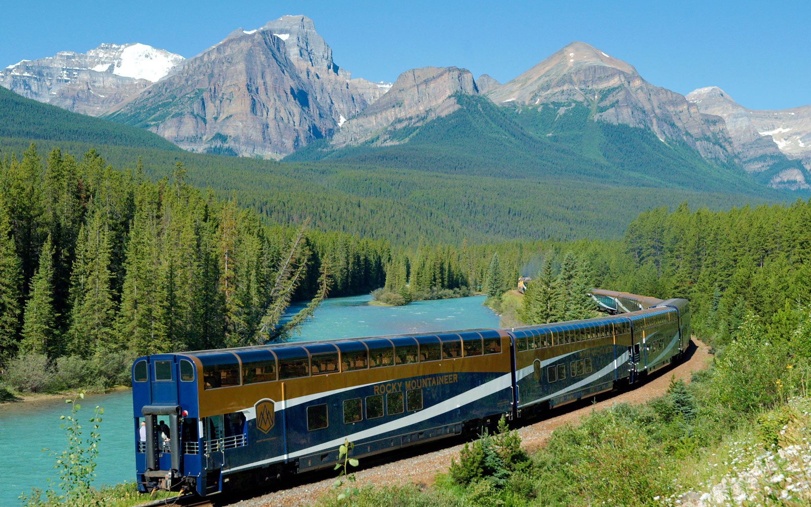 How to Take a Solo Luxury Train Trip Through Canada's National Parks