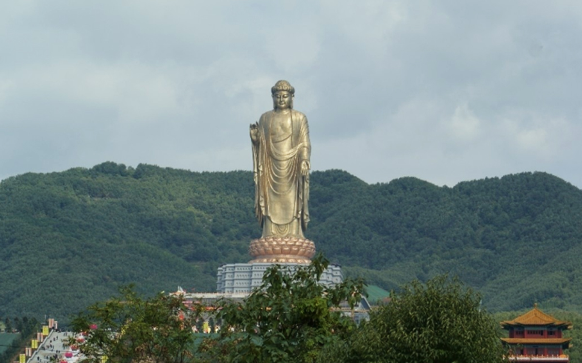 Where to See the Biggest Statue in the World