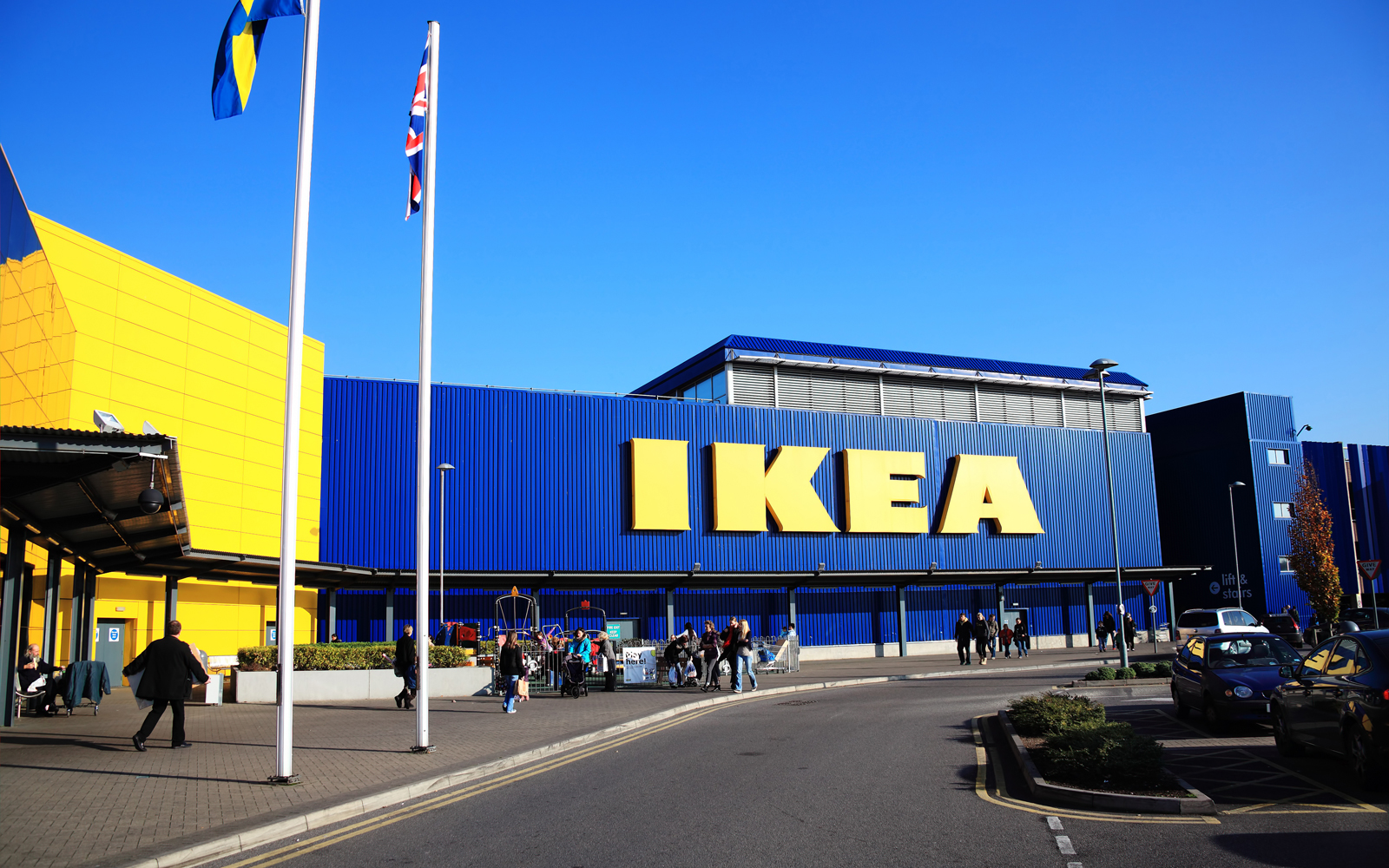 Ikea Will Sell Rugs and Textiles Made by Syrian Refugees