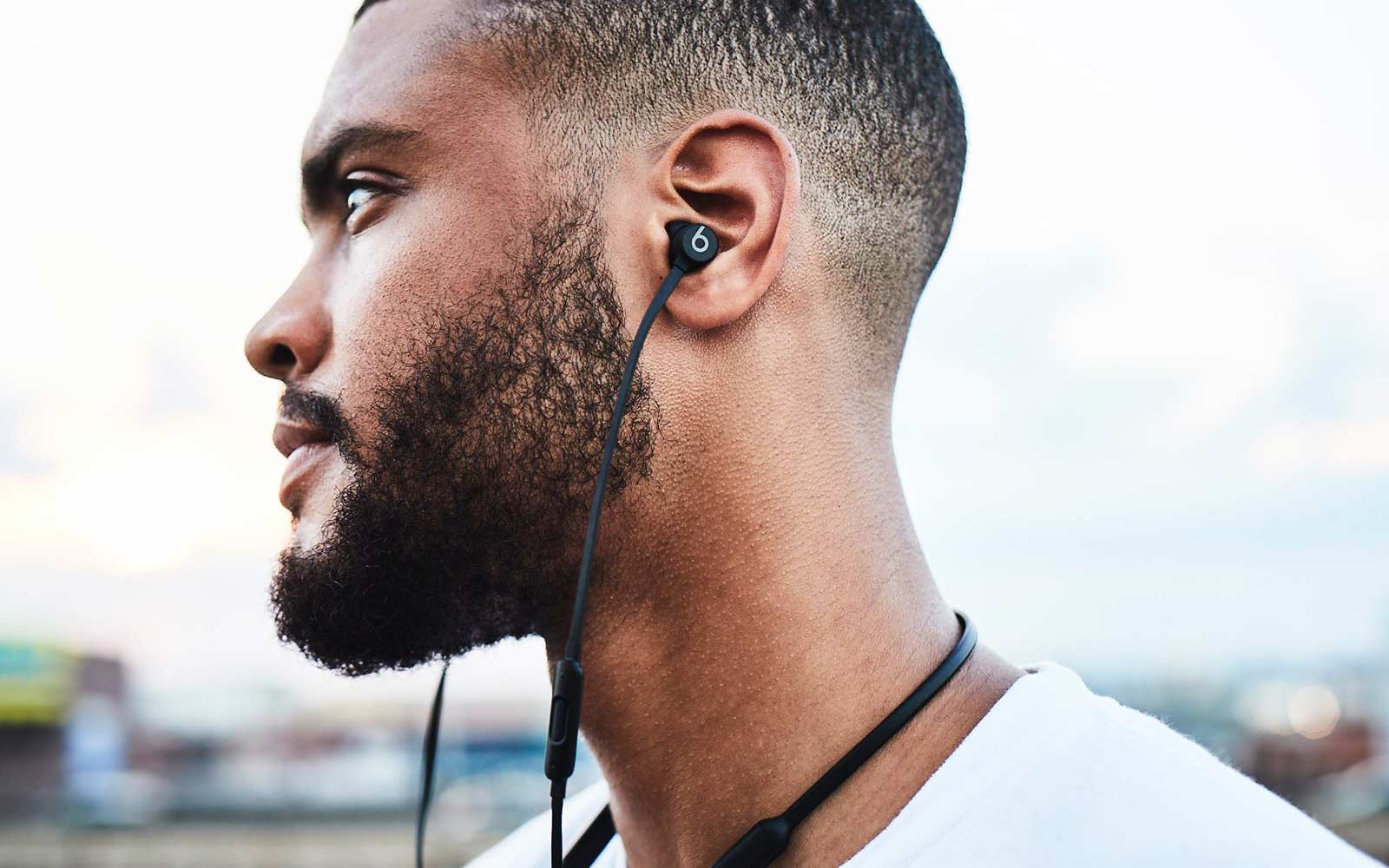 Apple BeatsX Wireless Headphones to be Released Feb. 10