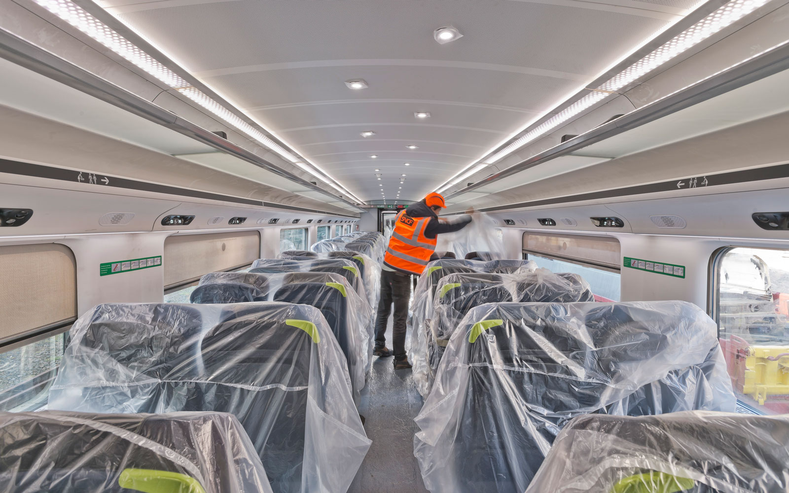 eurostar-finishing-touches-EUROSTAR217.jpg