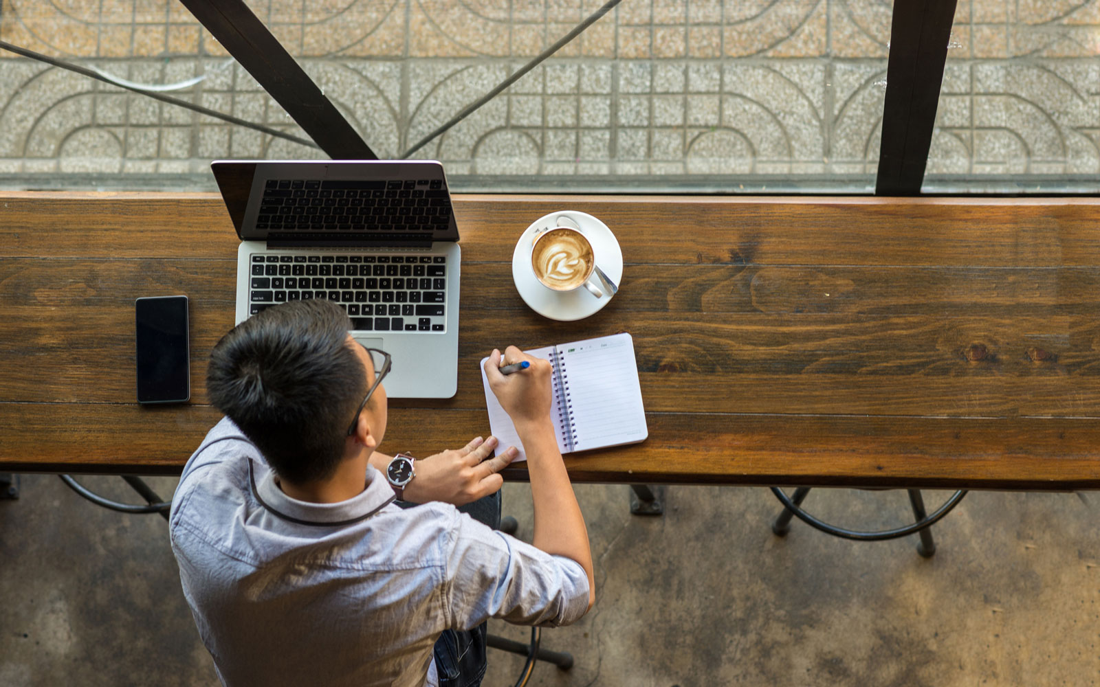 No Laptops Allowed at This Chicago Cafe