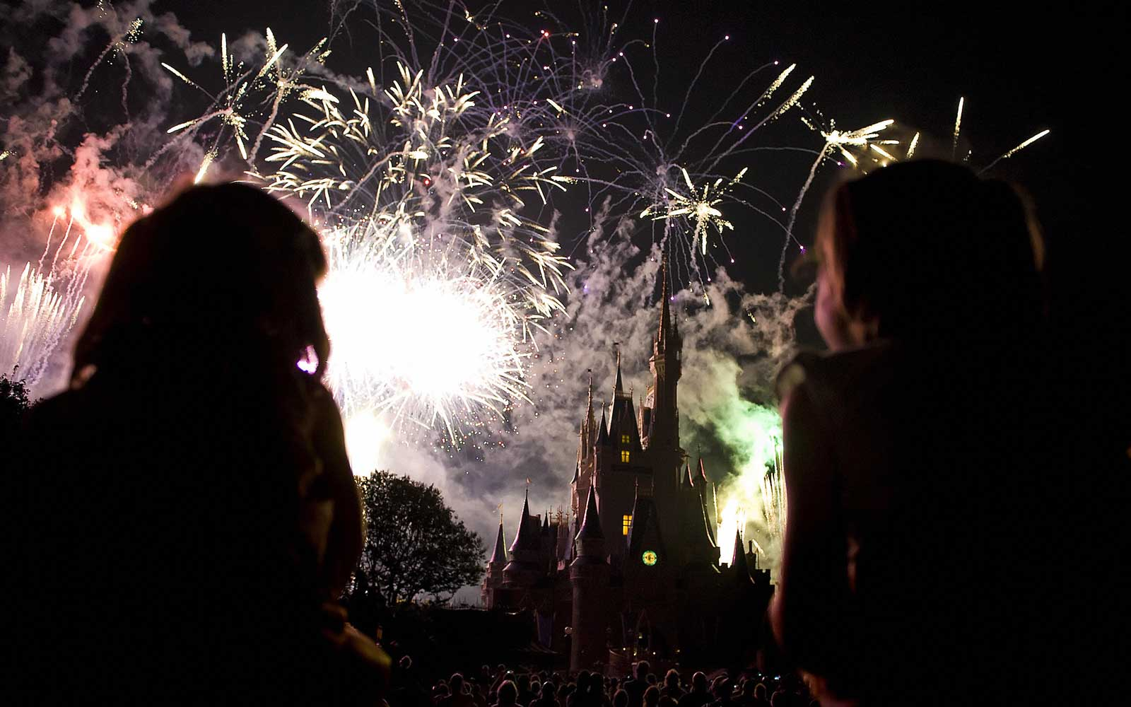 Disney's Magic Kingdom Fireworks Show Is Completely Changing