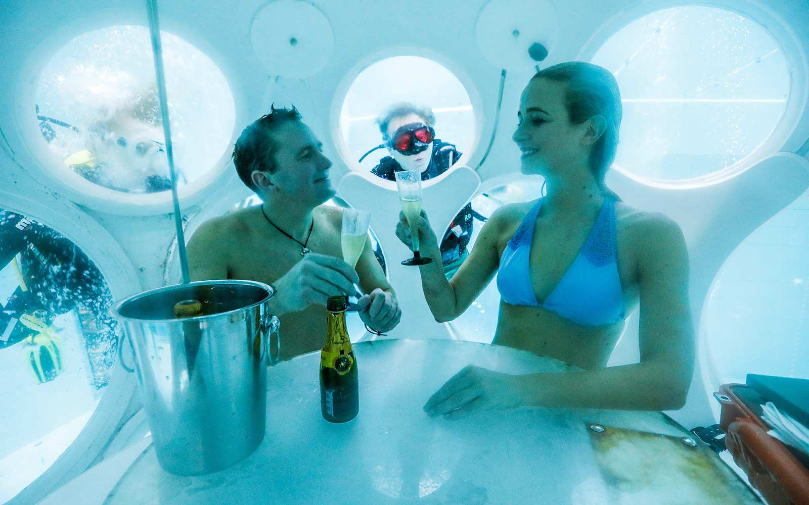 You Can Dine Underwater at the World's First Scuba Restaurant