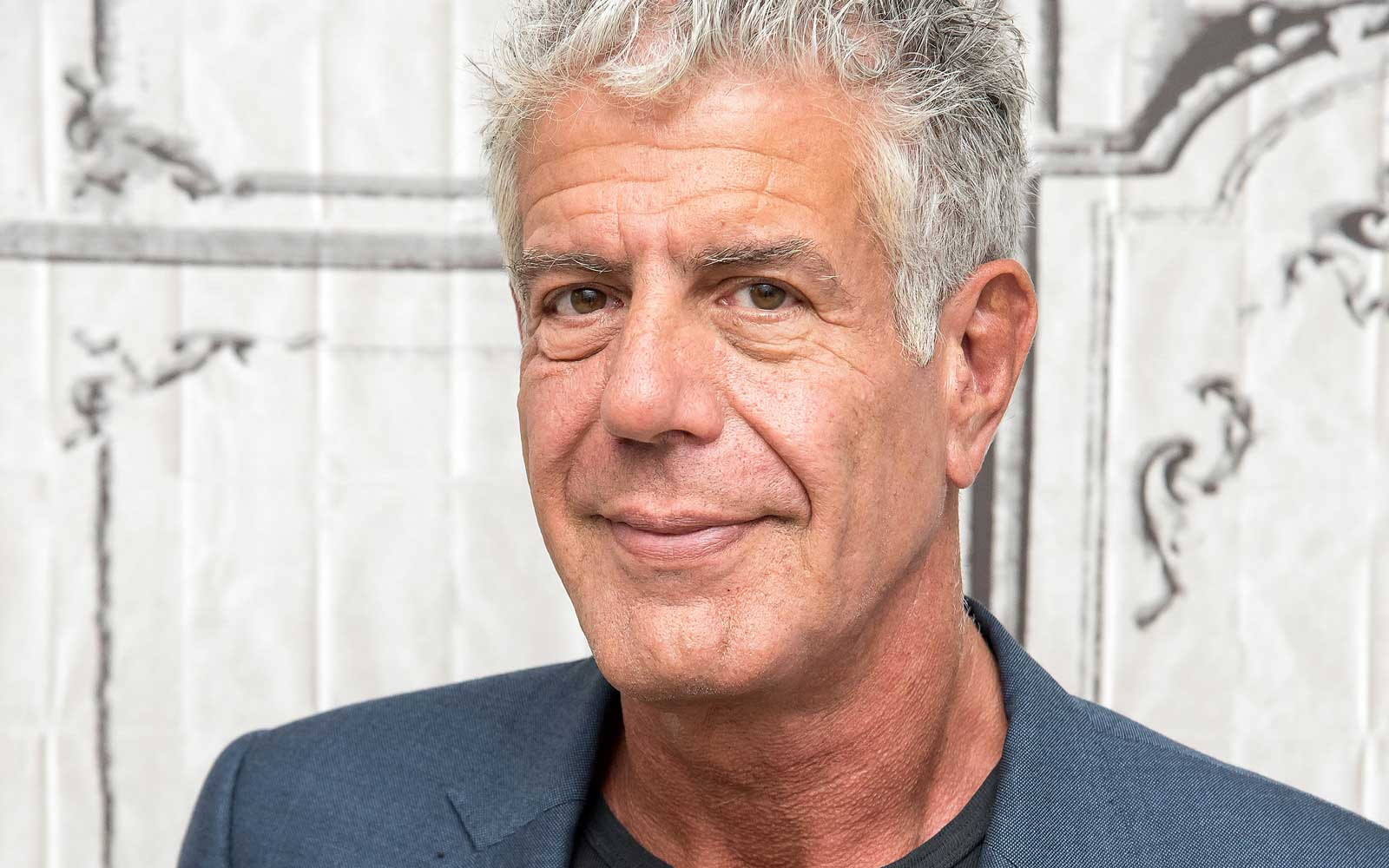 Anthony Bourdain Says This Airport Has the Best Food