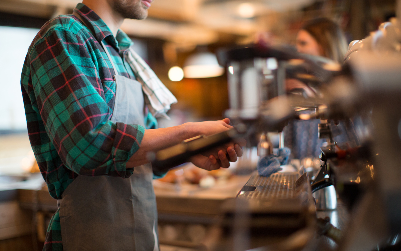 Baristas Reveal How They Feel When You Don't Tip for Coffee