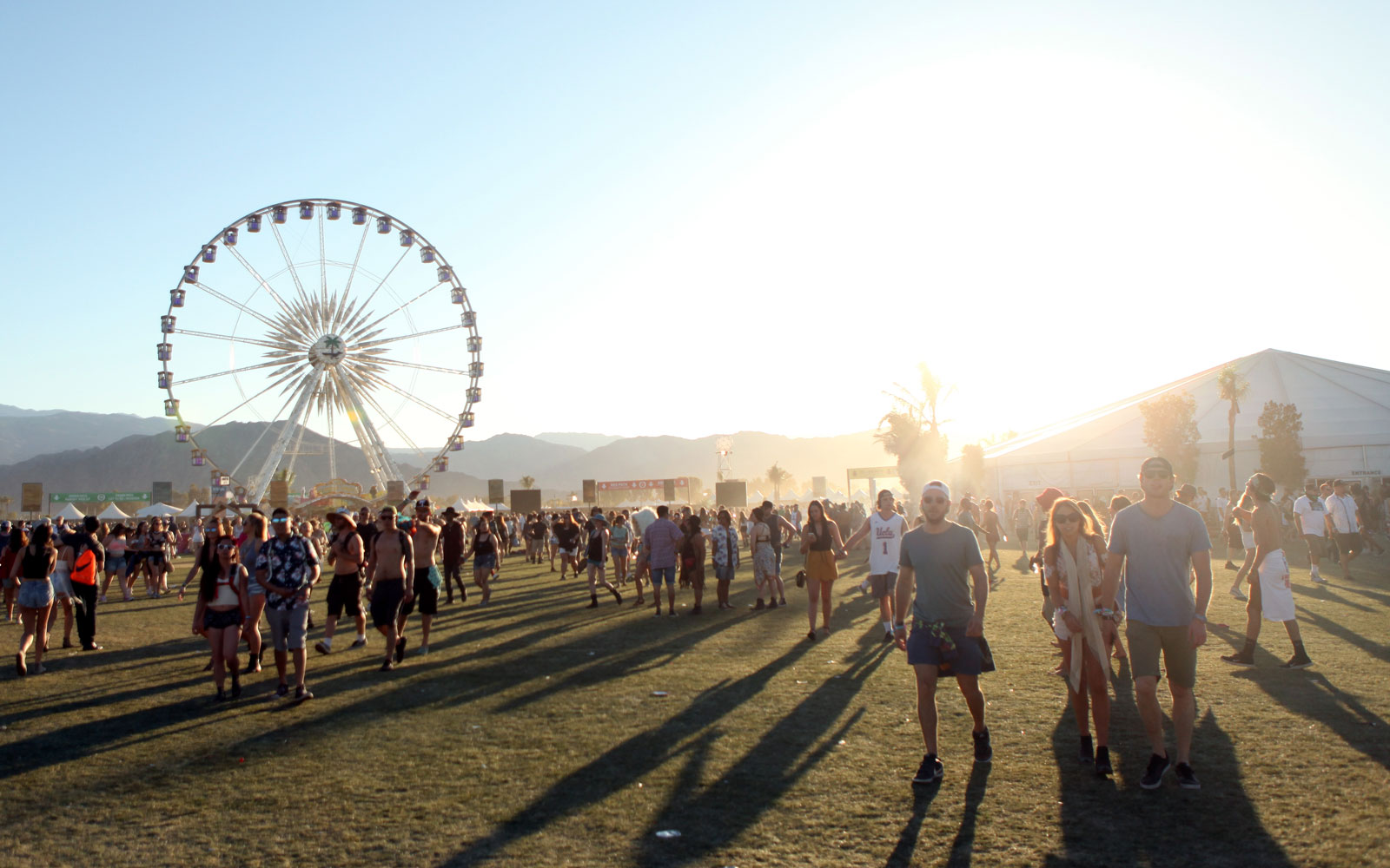 What to Pack for the Coachella Music Festival
