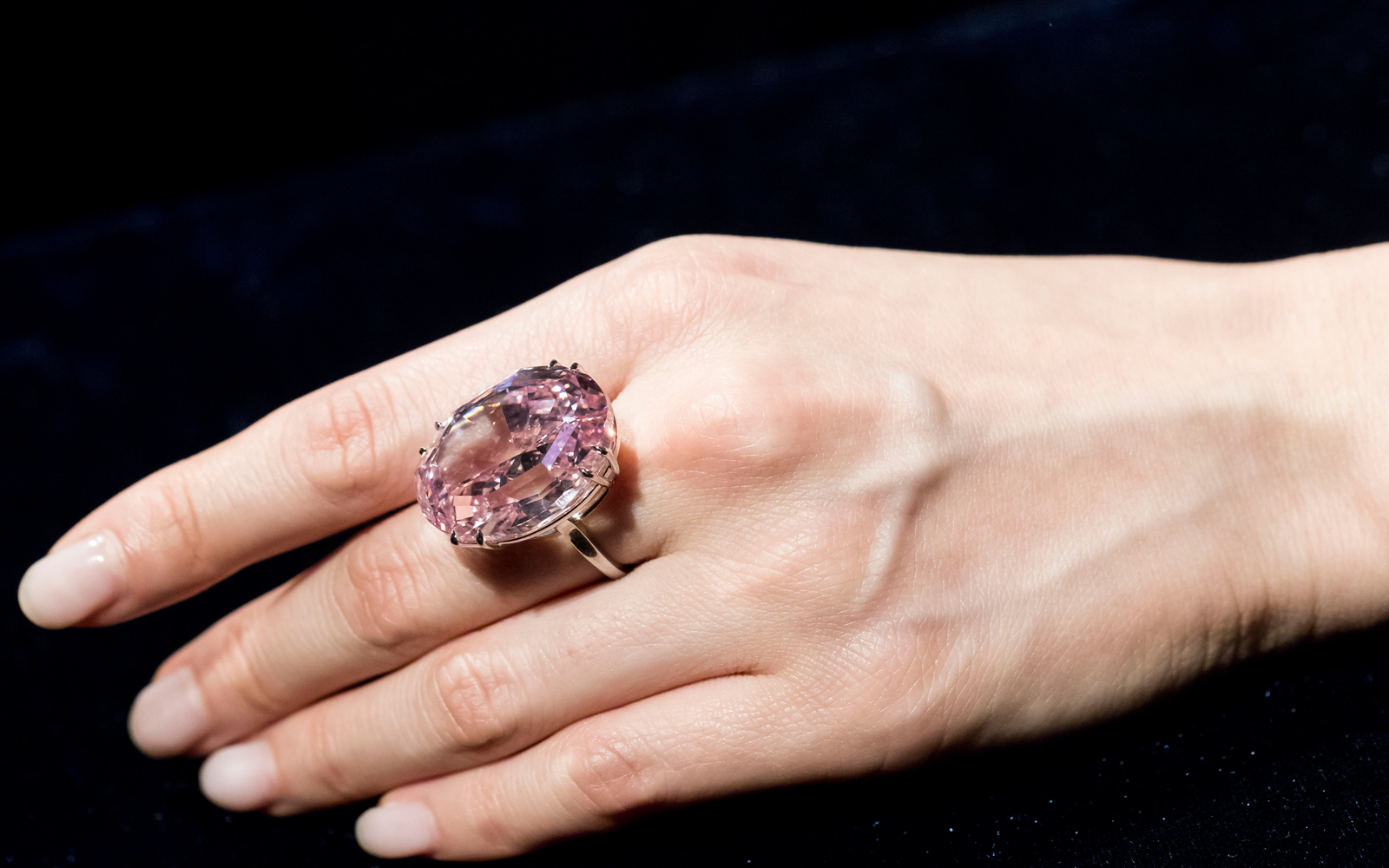Pink Star Diamond to Set Record at Sotheby's Auction