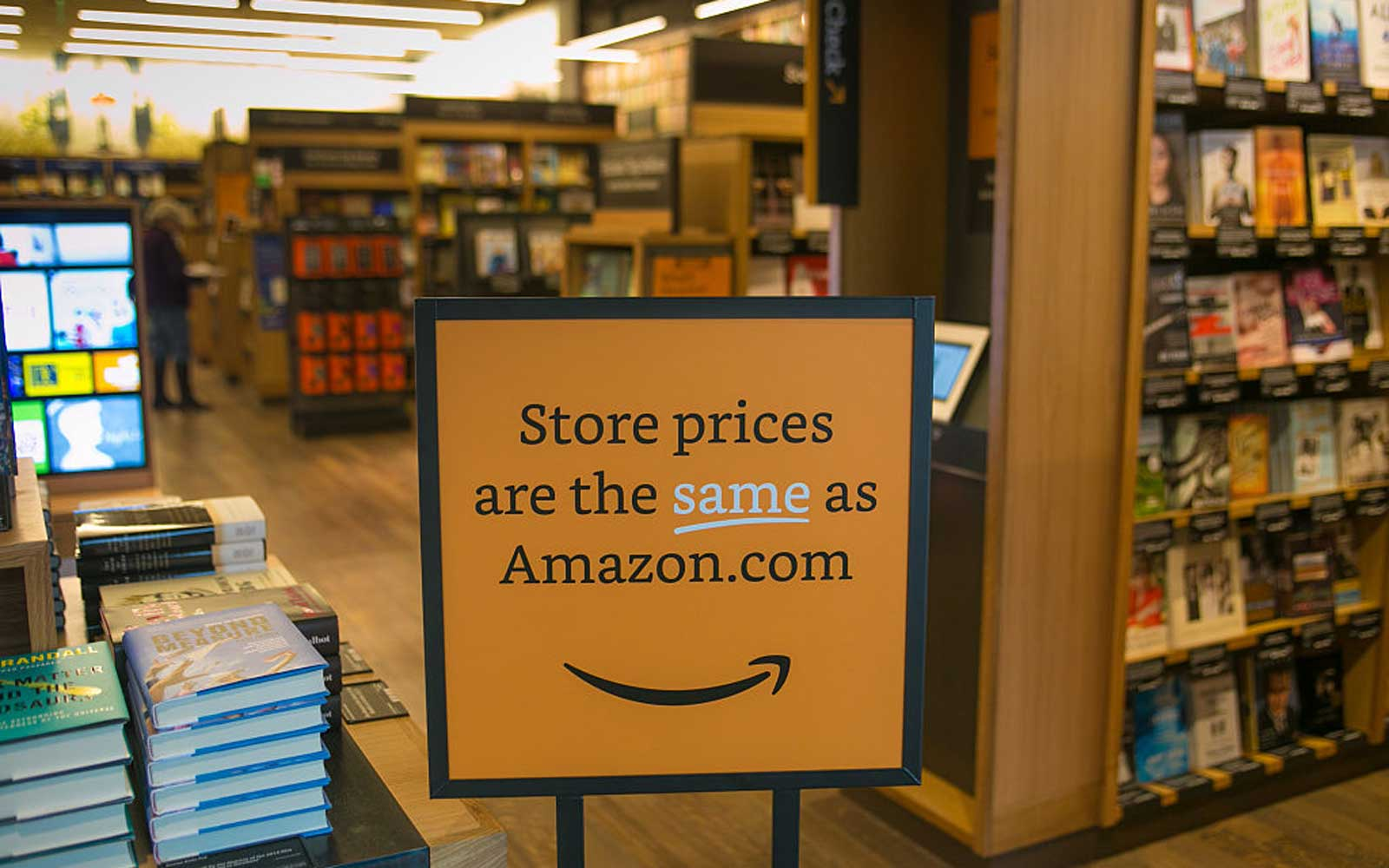 Amazon opens their first bookstore in New York City