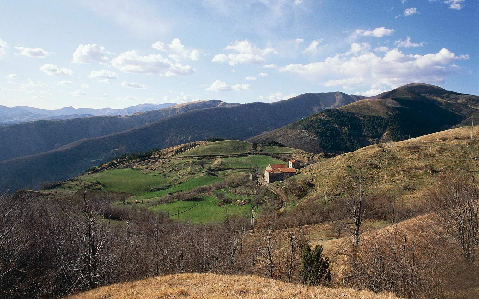 Get paid €2,000 to move to this charming Italian village