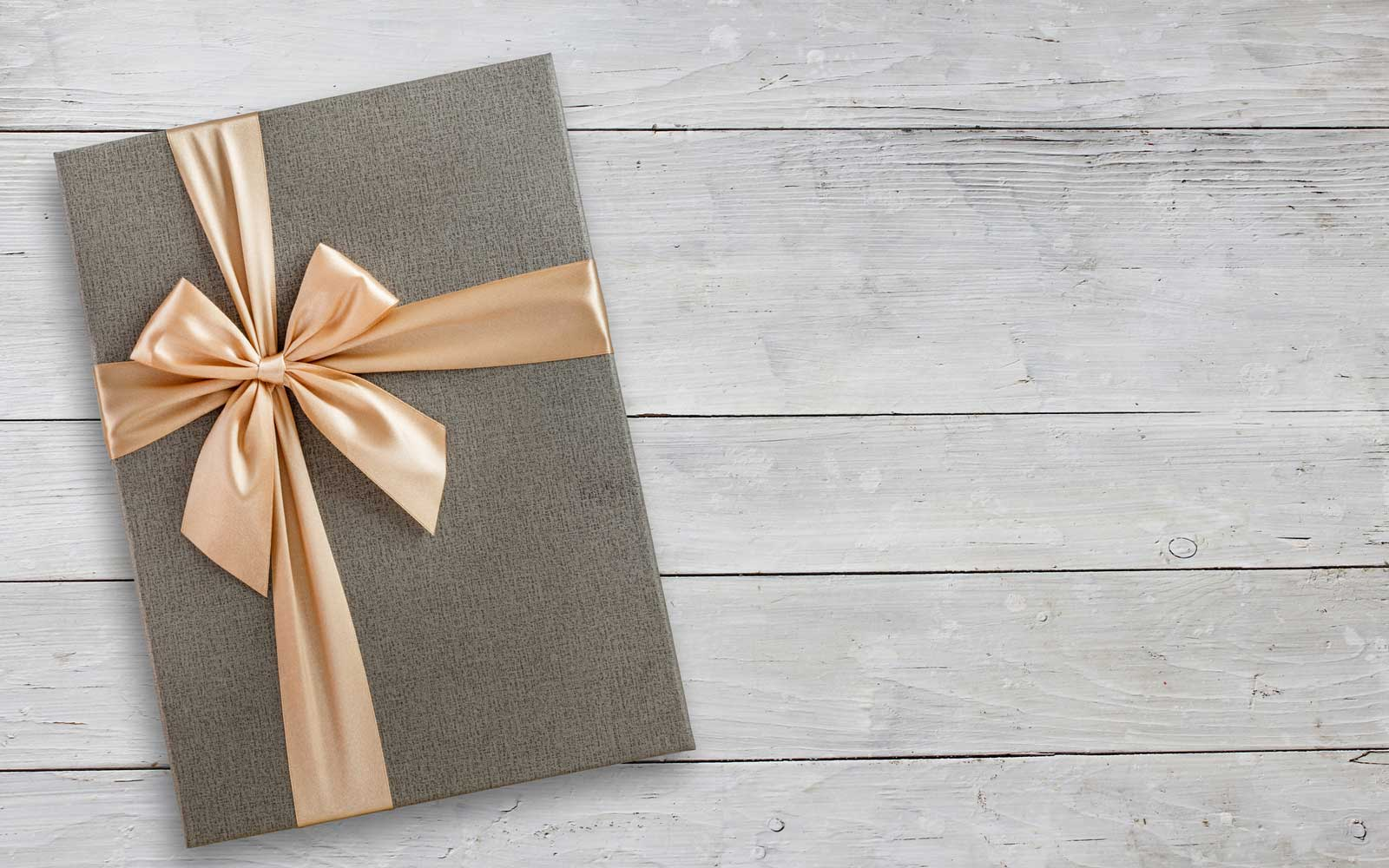 Here's How Much You Should Give As a Wedding Gift in Every State