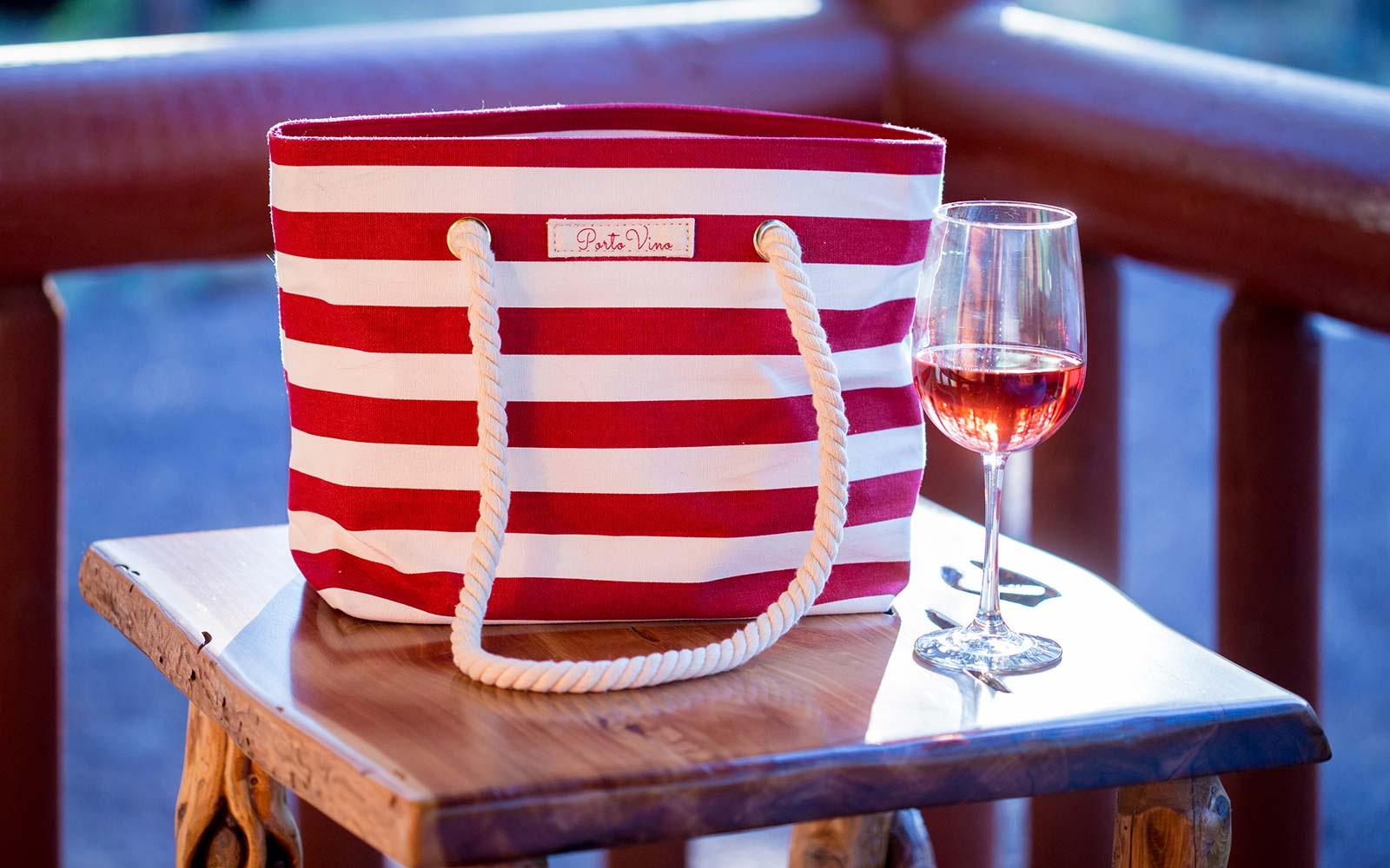 This is the beach tote that wine lovers need this summer