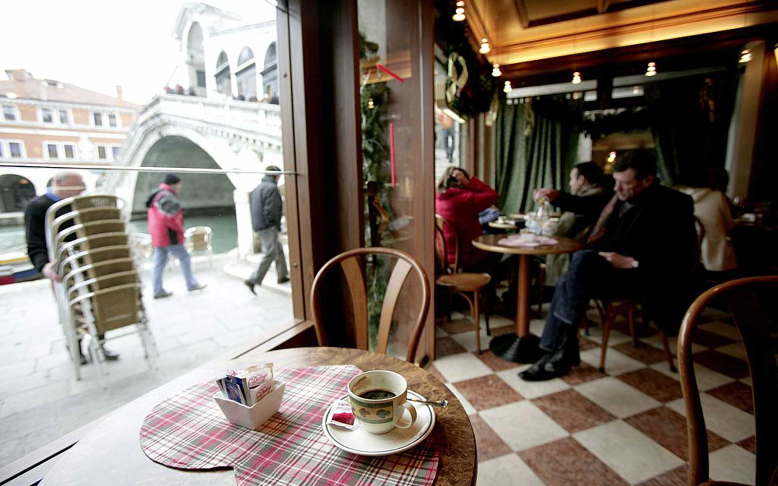 How to Order a Coffee in Italy Without Sounding Like an Idiot