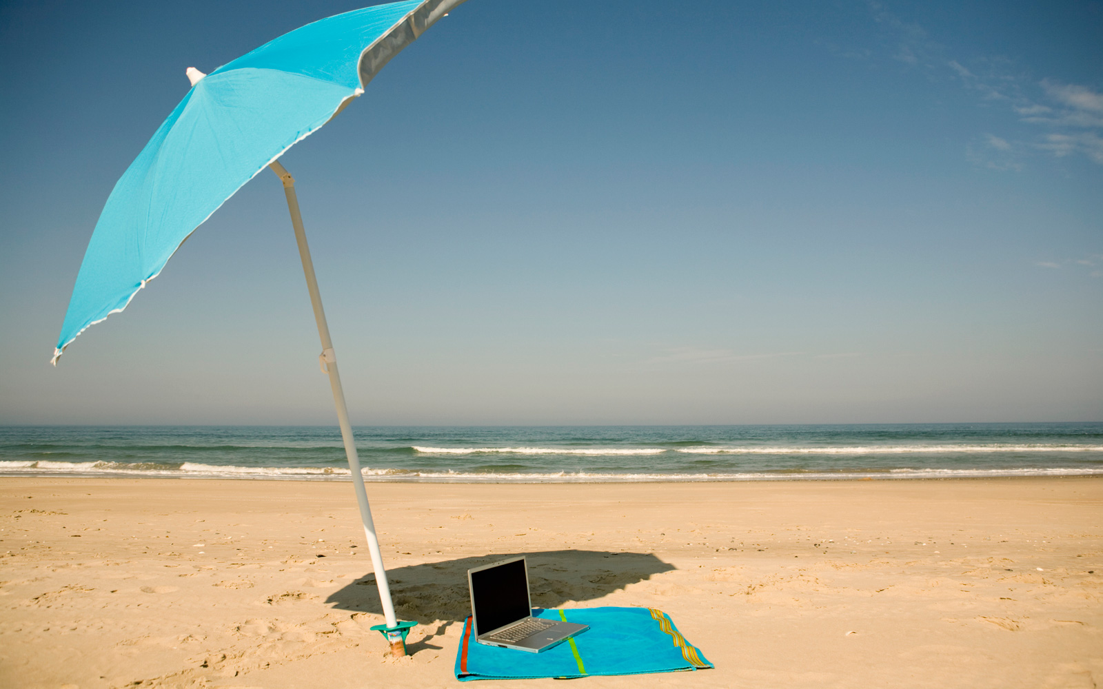 How to Get a Job That Will Let You Work From Anywhere