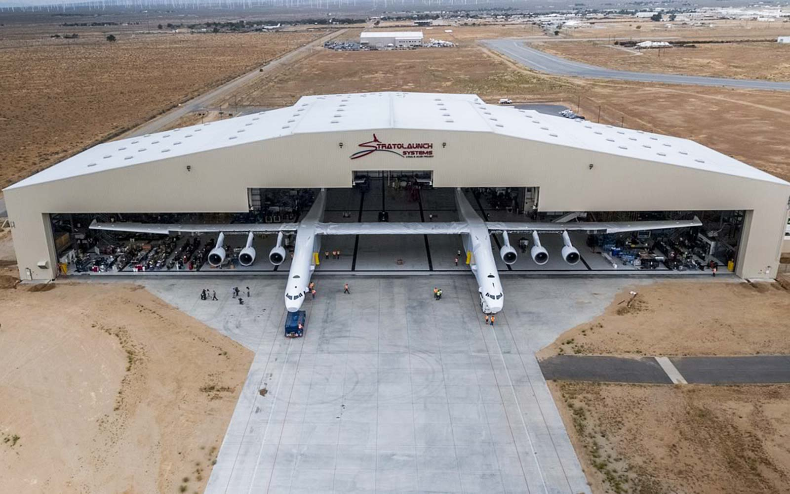Stratolaunch Paul Allen World's Largest Airplane Rocket