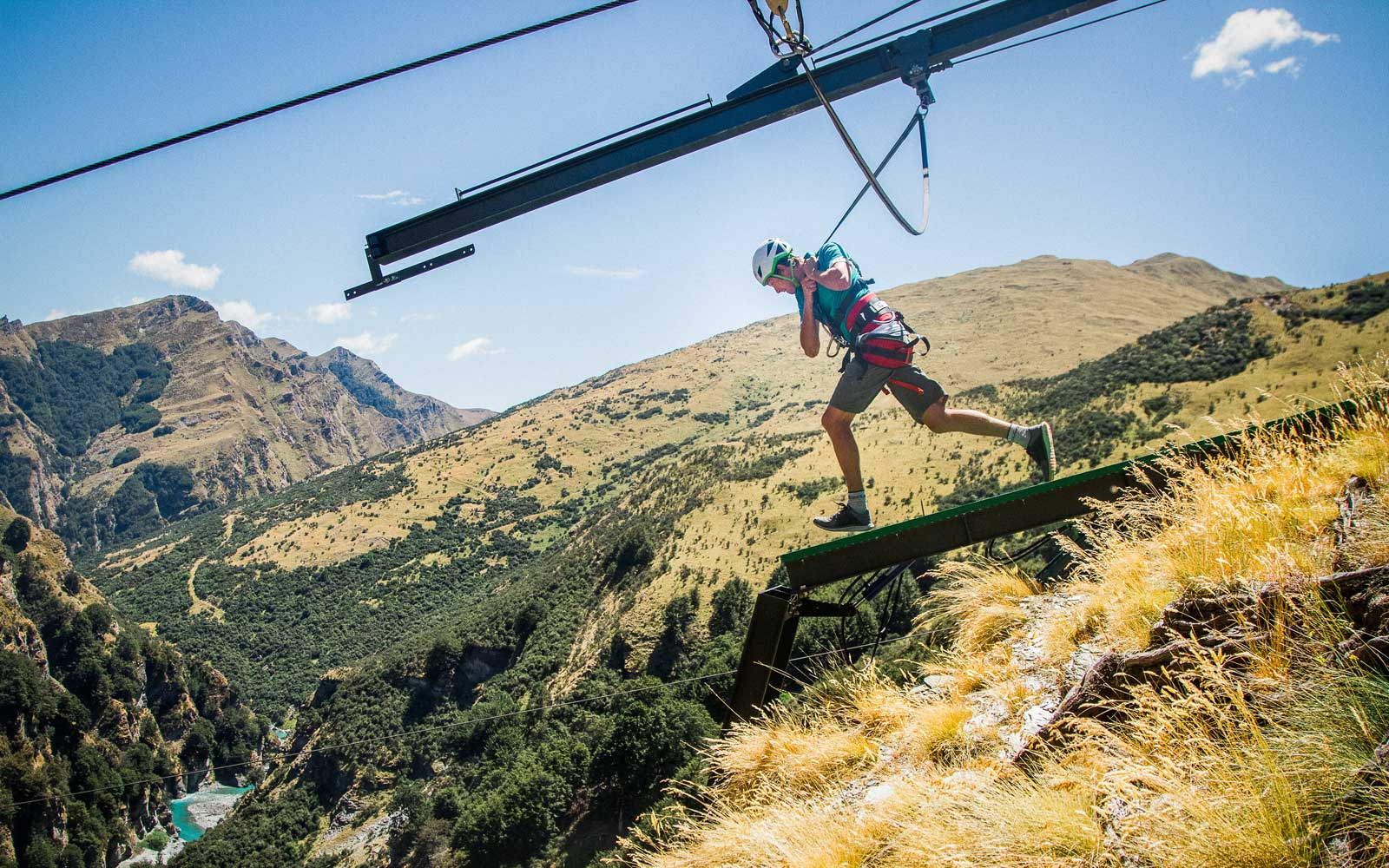You Can Slingshot Yourself Off A Cliff In New Zealand