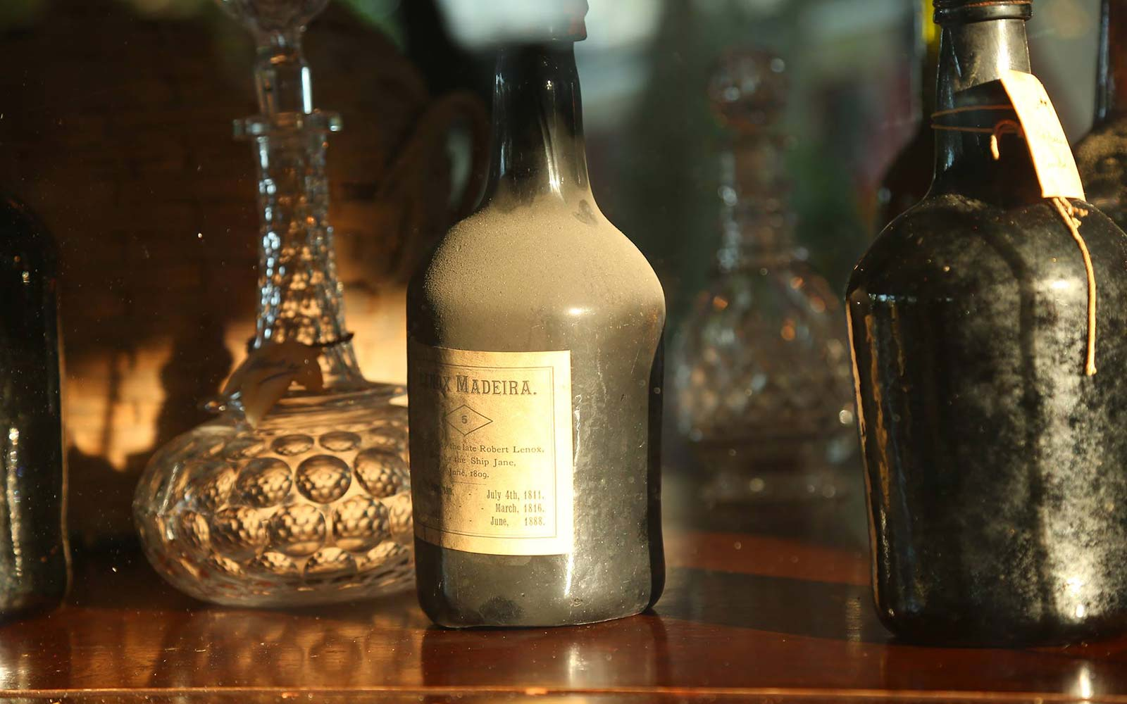 New Jersey Historical Museum Finds Cases of Wine From 1796